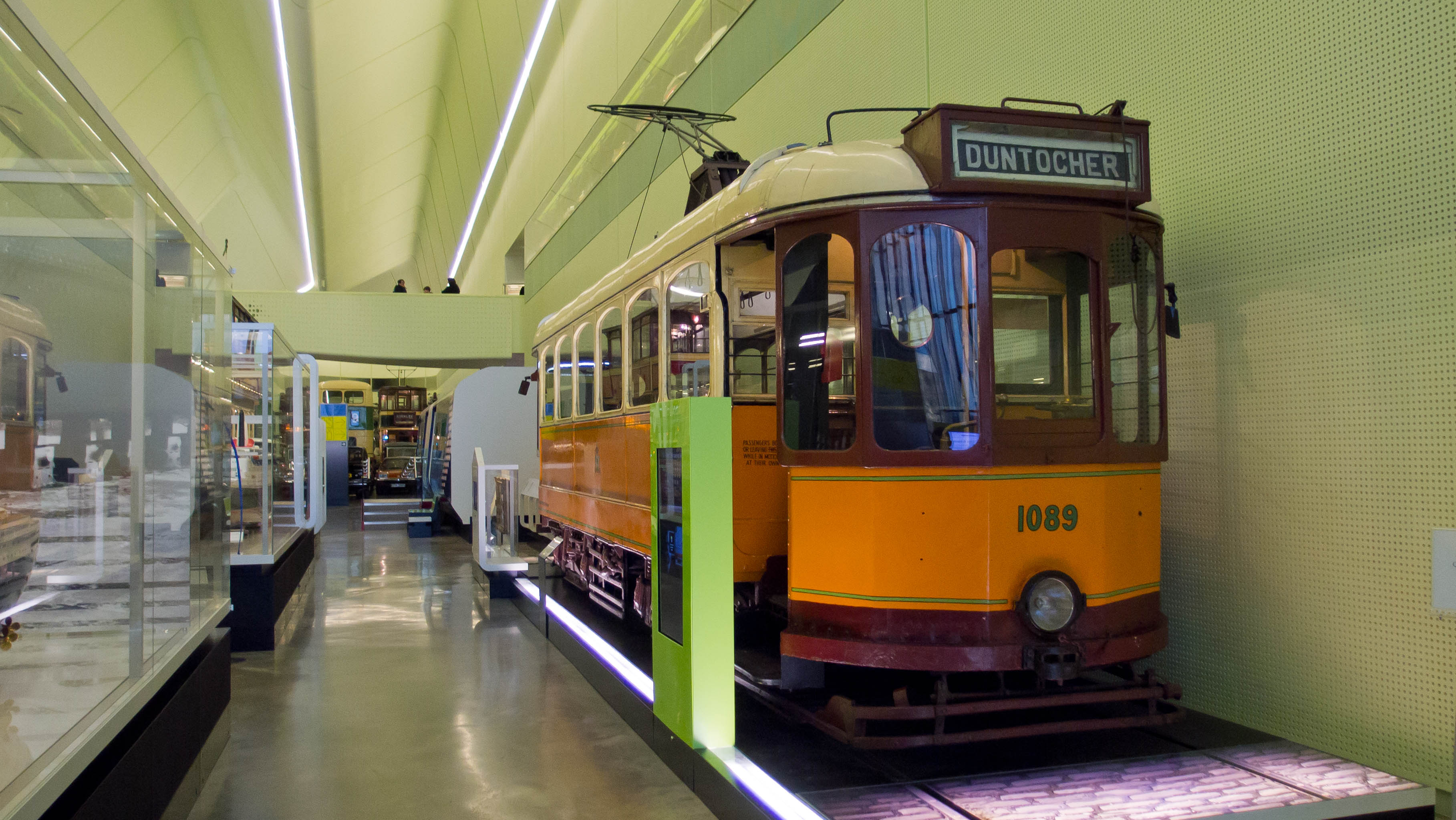 File:No 1089 single deck tram at the Riverside Museum.jpg