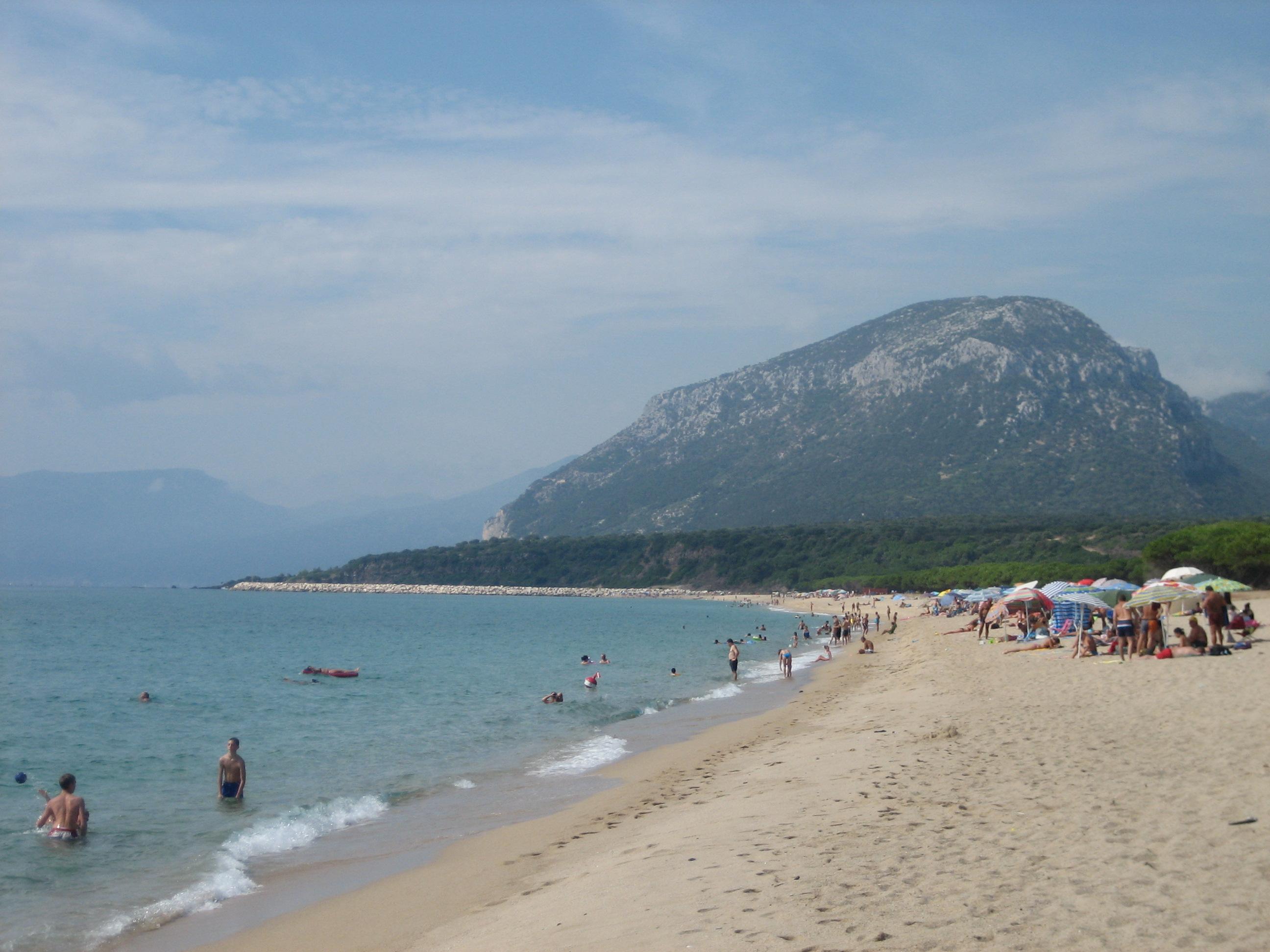 File:Orosei-Osala beach.jpg - Wikimedia Commons Beach