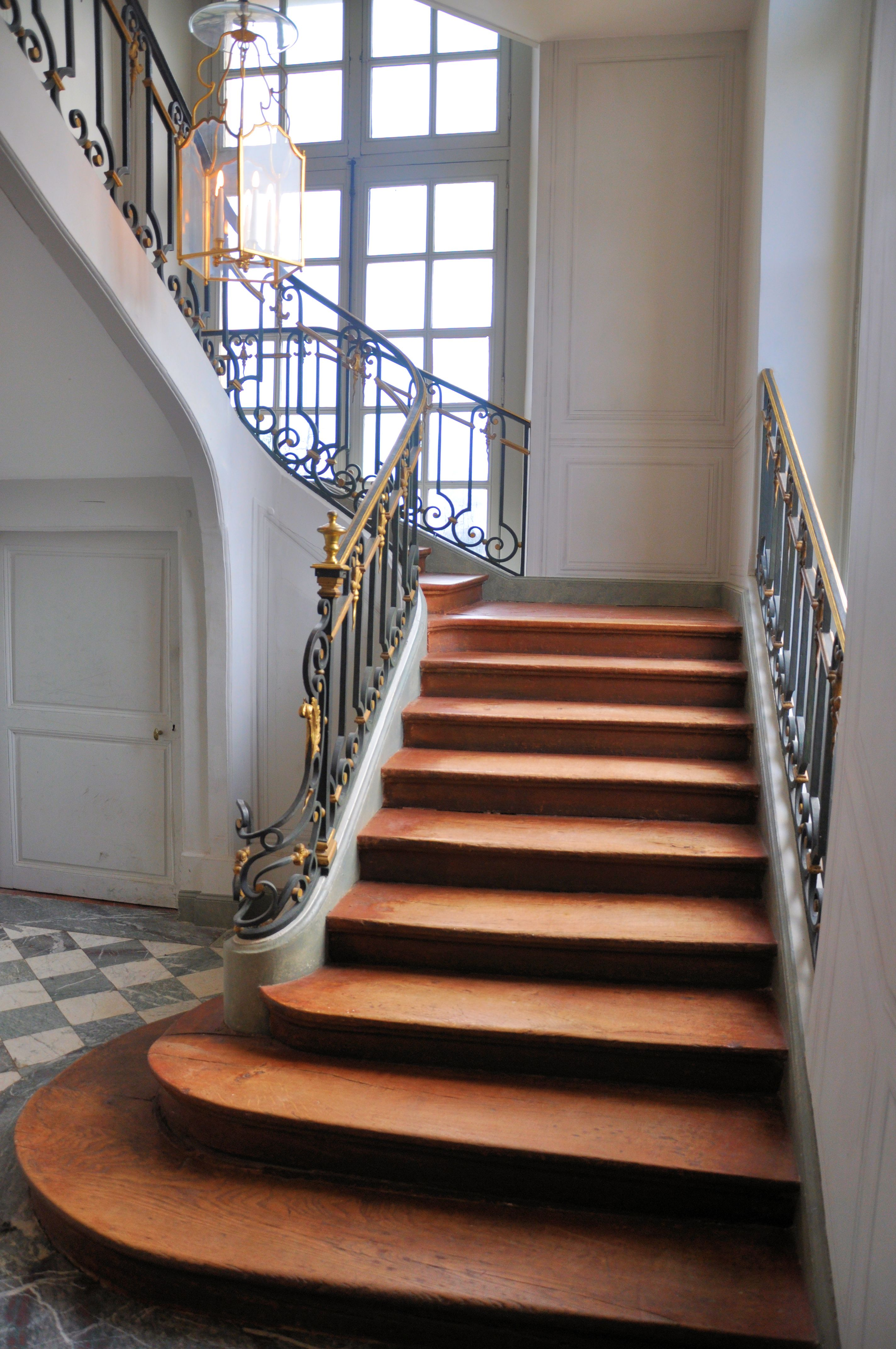 file petit trianon escalier priv jpg wikimedia commons. Black Bedroom Furniture Sets. Home Design Ideas