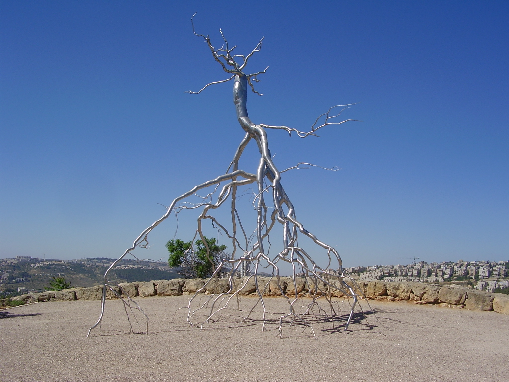 File Pikiwiki Israel 19477 Quot Inversionquot By Roxy Paine In Israel Muse Jpg Wikimedia Commons