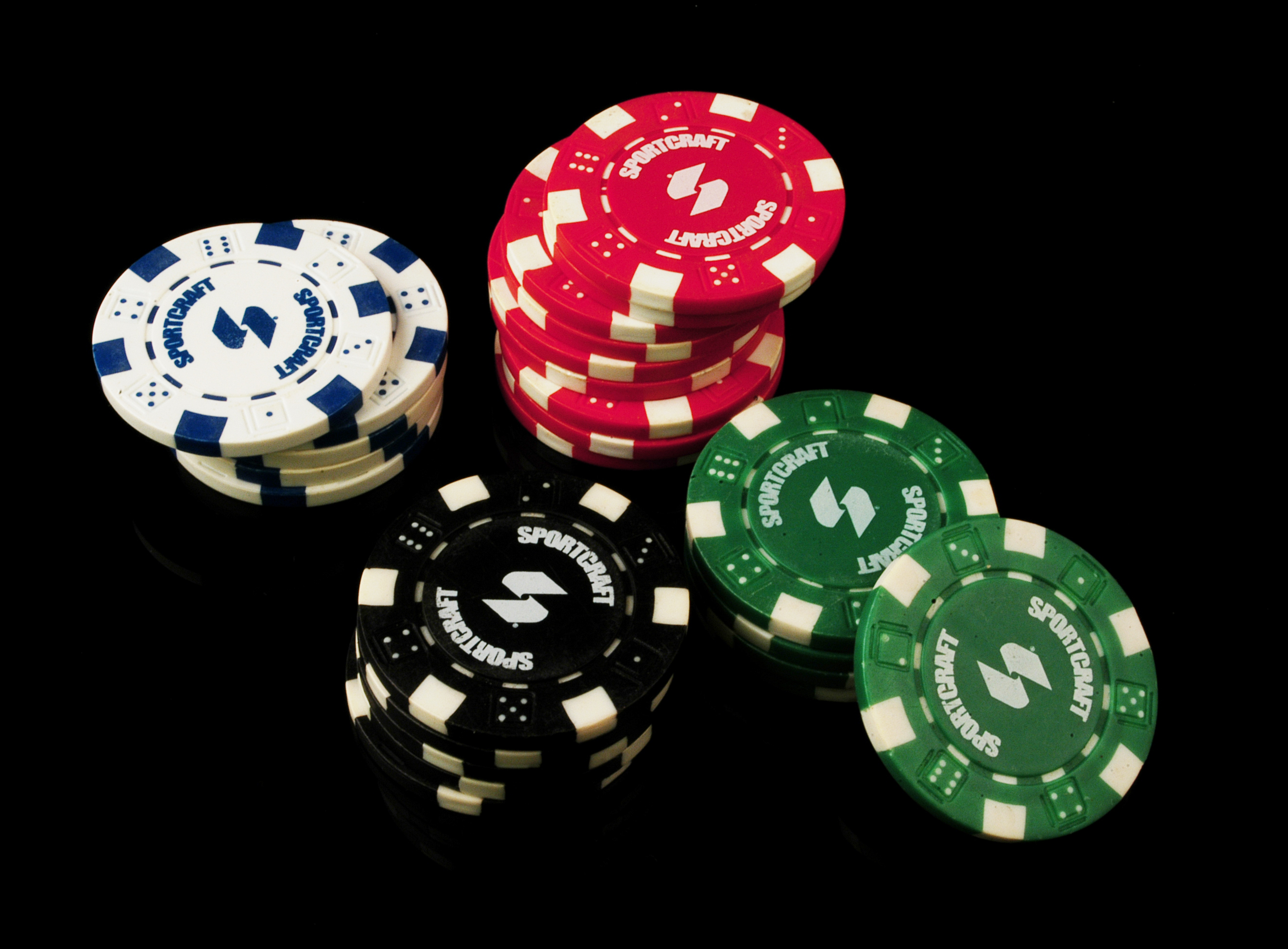 Poker Chips.jpg English: Poker Chips Date 10 February 2010 Source Own work Author Ab5602