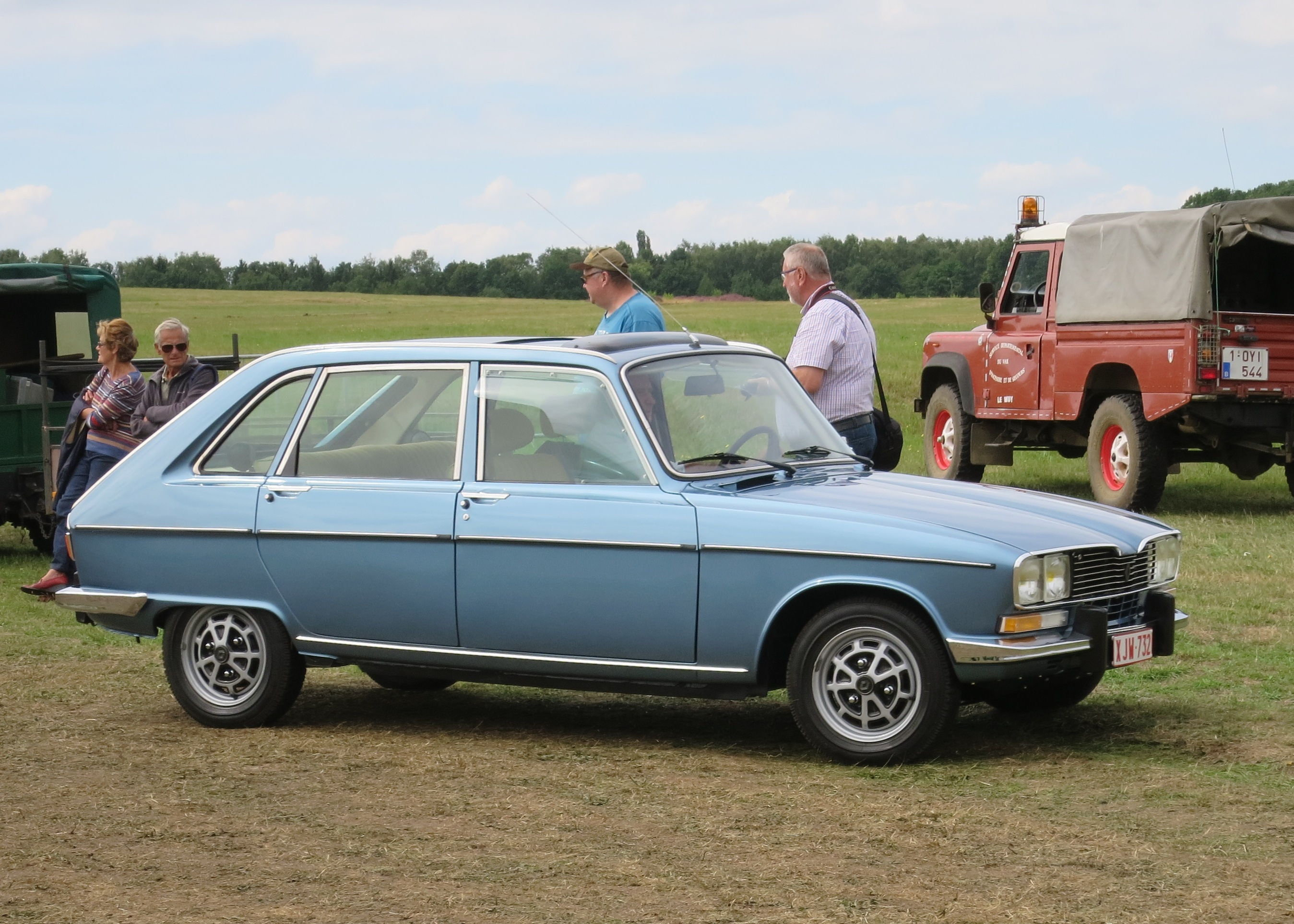 file renault 16tx arriving schaffen diest jpg wikimedia commons. Black Bedroom Furniture Sets. Home Design Ideas