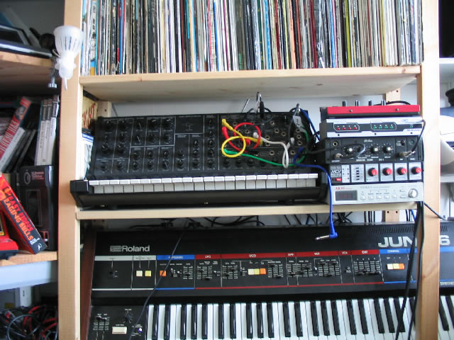 File:Some more music gear - Korg MS20, Clavia Nord MicroModular, M-Audio Midisport 4x4, Philip Rees MIDI-CV thing, Akai SG01v, Roland Juno-6.jpg