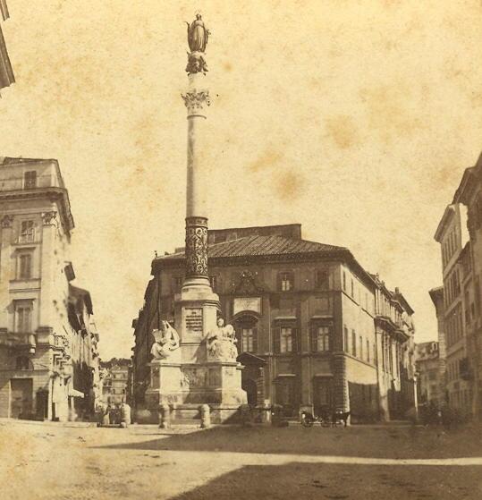 https://upload.wikimedia.org/wikipedia/commons/c/cb/Sommer,_Giorgio_(1834-1914)_-_Immacolata_Concezione_sulla_Piazza_di_Spagna,_Roma_-_02.jpg