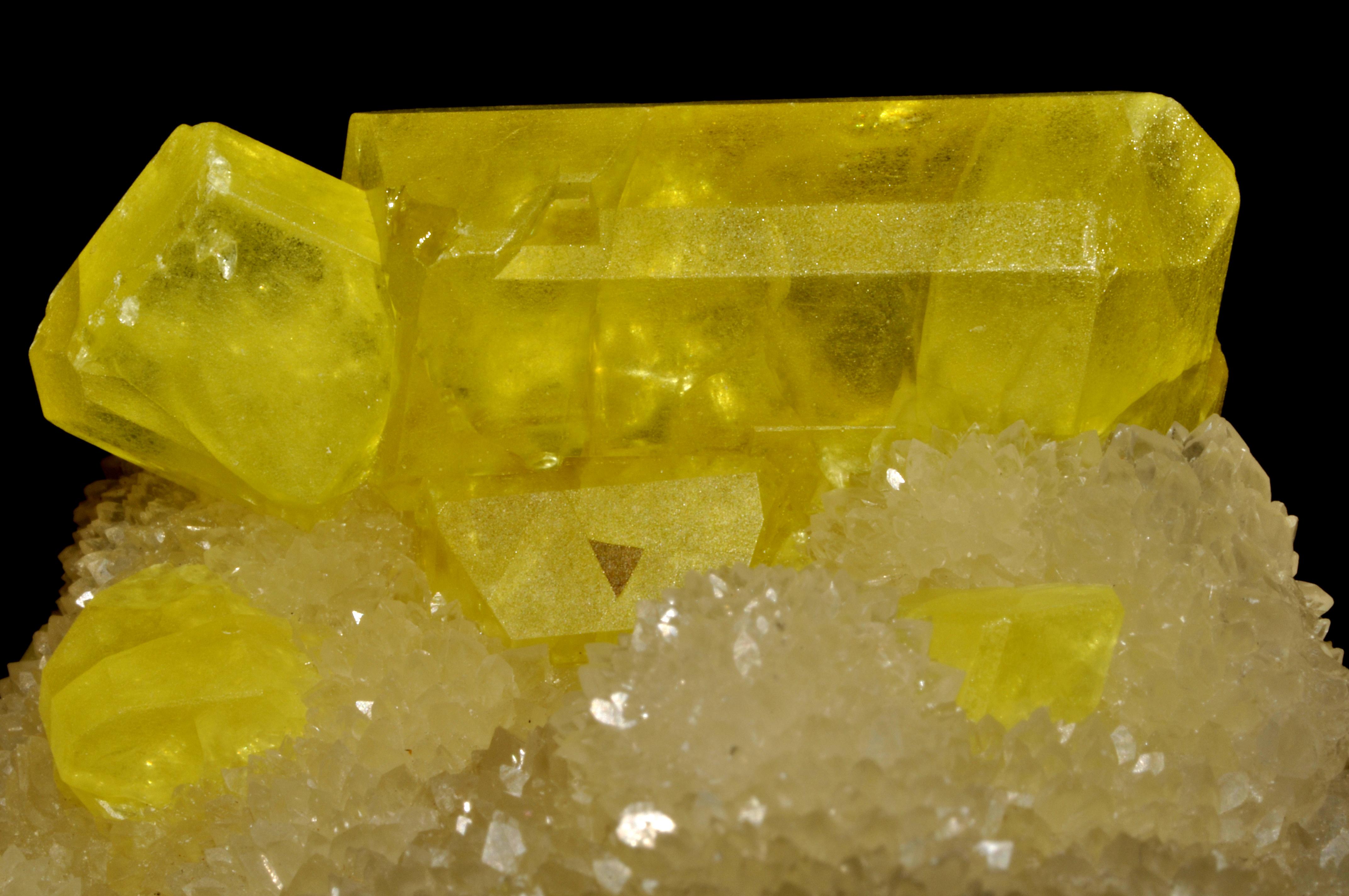 Sulphur Natural And Use