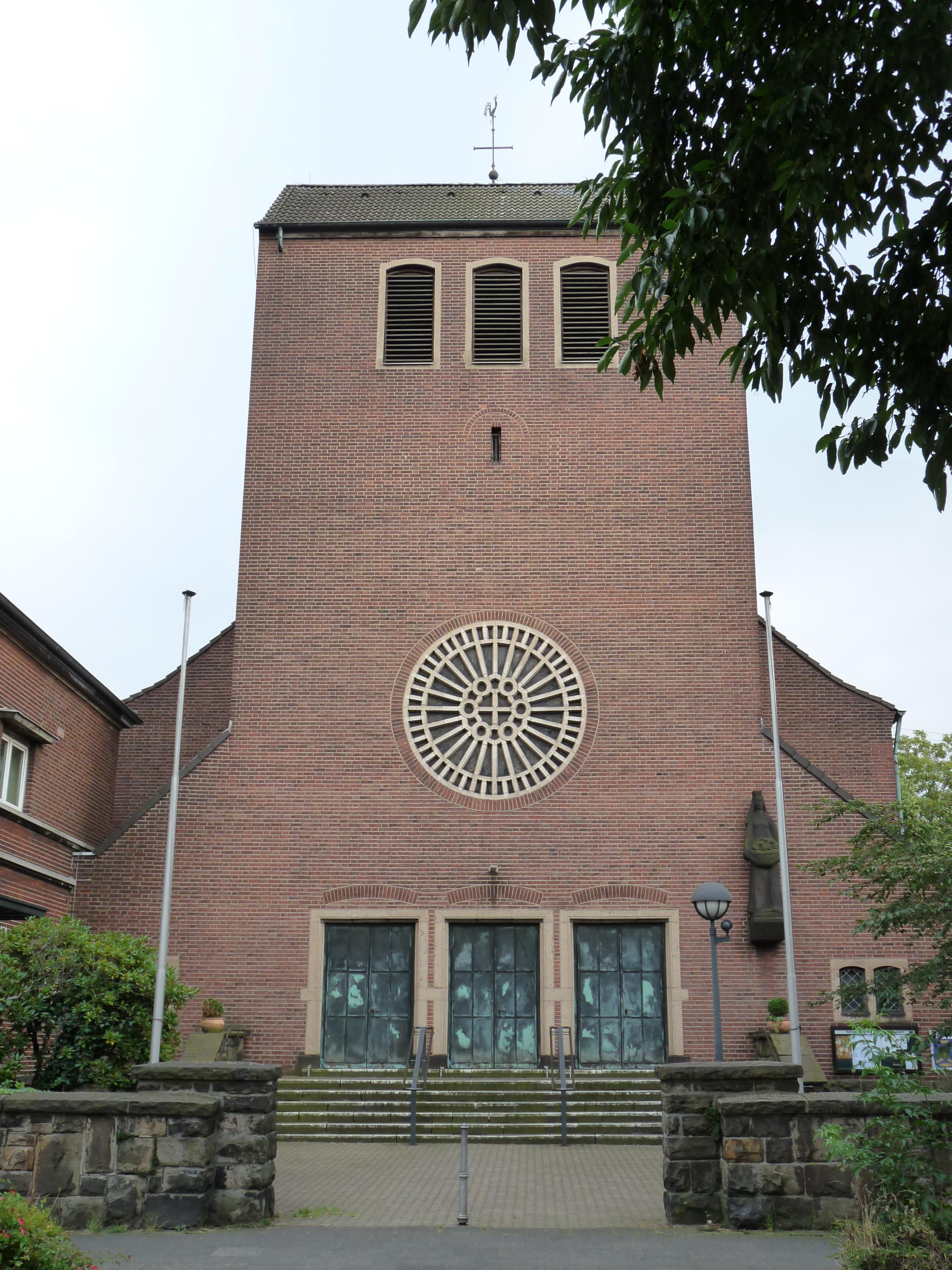 Datei St Elisabeth Duisburg Duissern Jpg Wikipedia