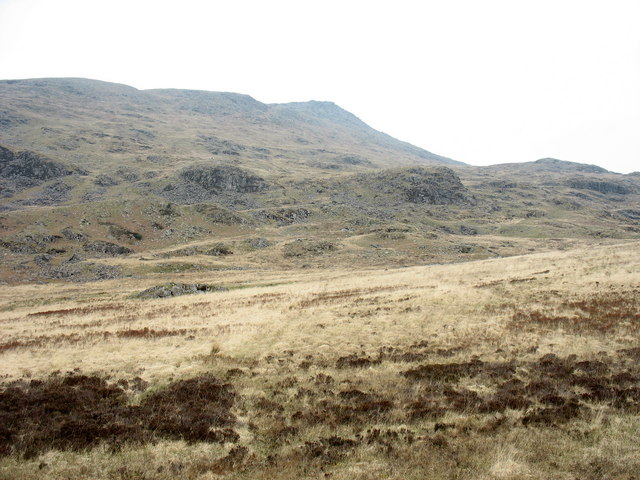 The lower bluffs of Moel Siabod - geograph.org.uk - 410671
