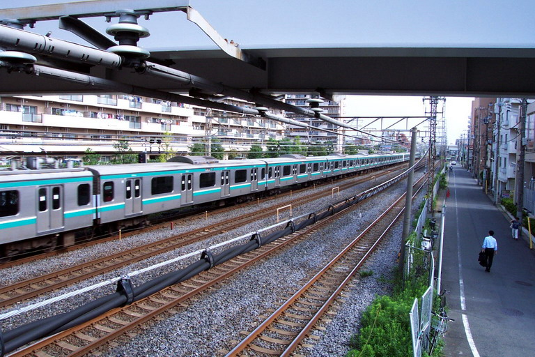 File:Train Matsudo.jpg
