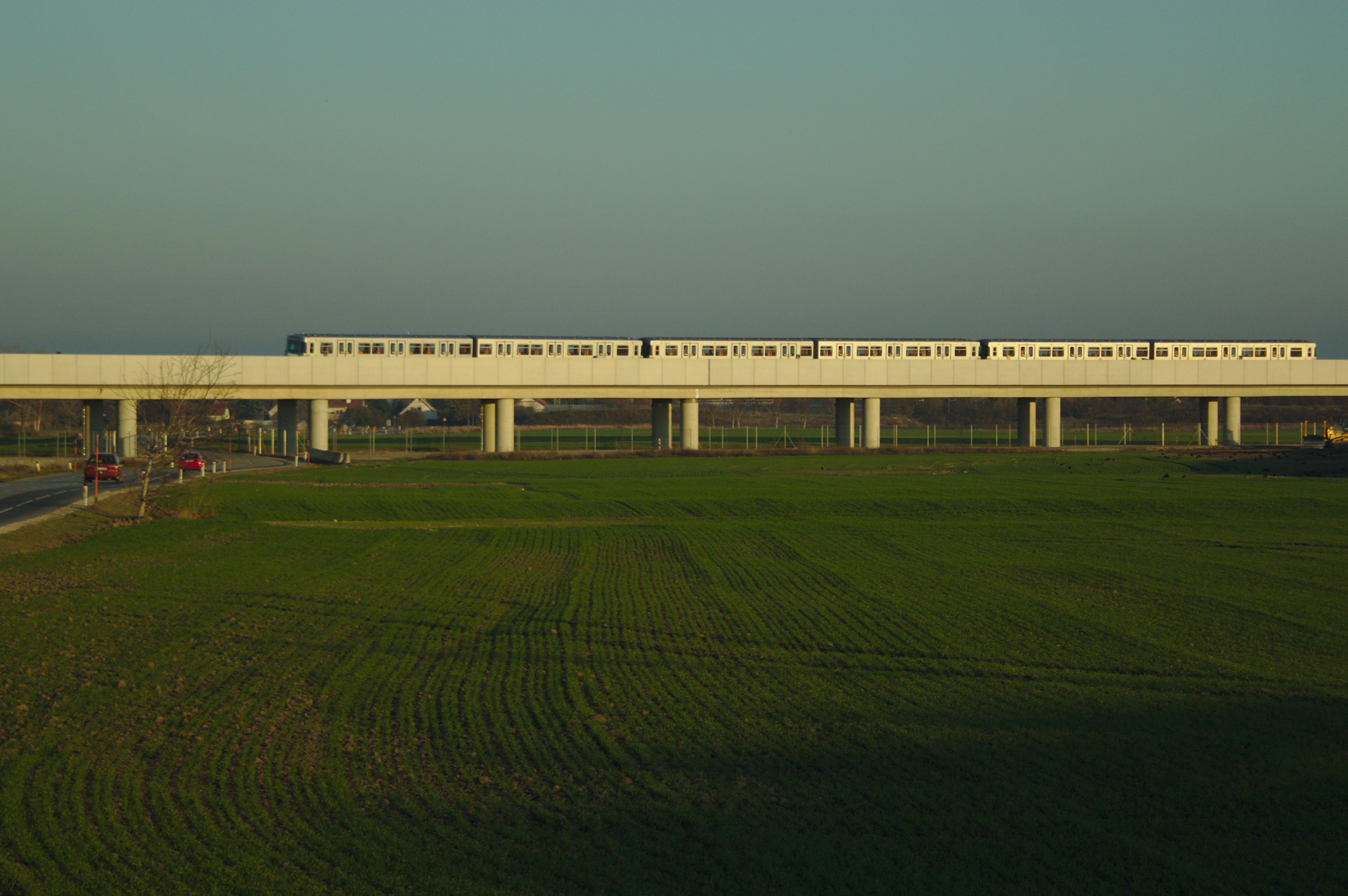 U2 Seestadt, 2013-11.jpg