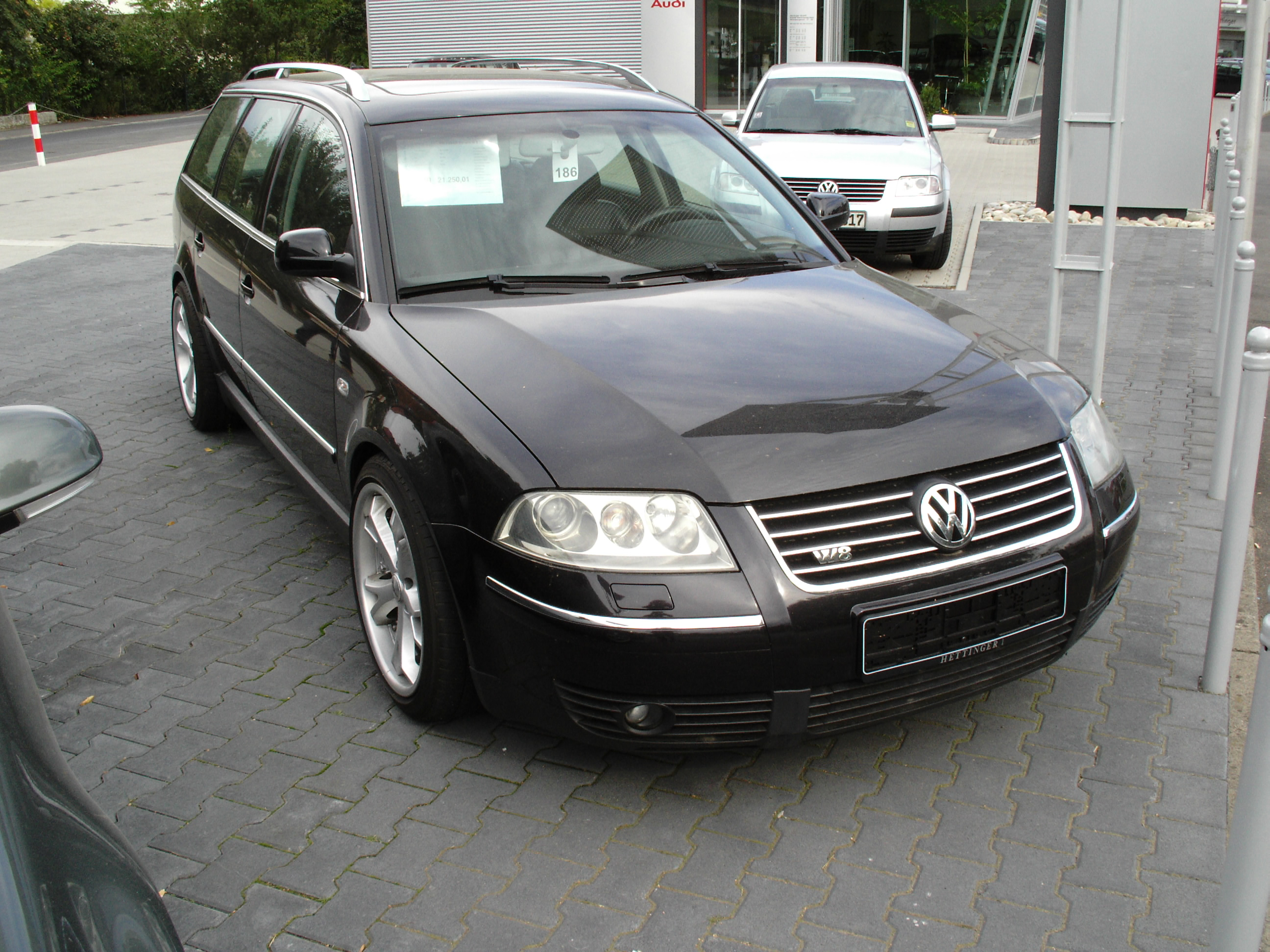 file volkswagen passat w8 front jpg. Black Bedroom Furniture Sets. Home Design Ideas