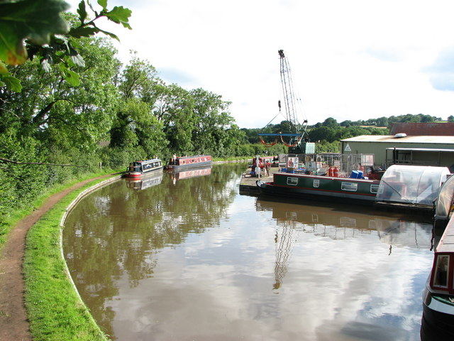 Worcester and Birmingham Canal Alvechurch - geograph.org.uk - 680451