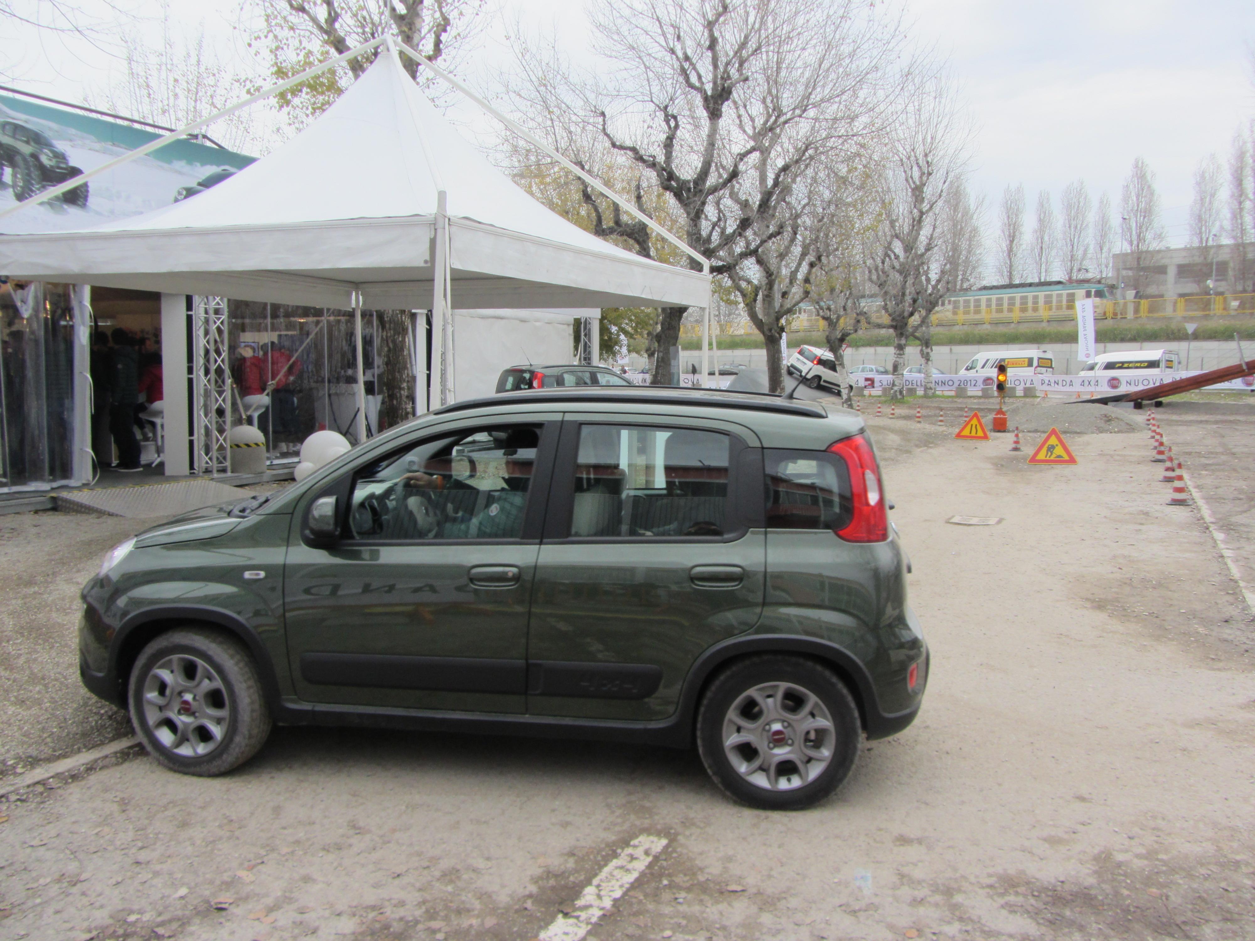 File 12 Italy Off Road Test Fiat Panda 4x4 Motorshow Bologna Jpg Wikimedia Commons
