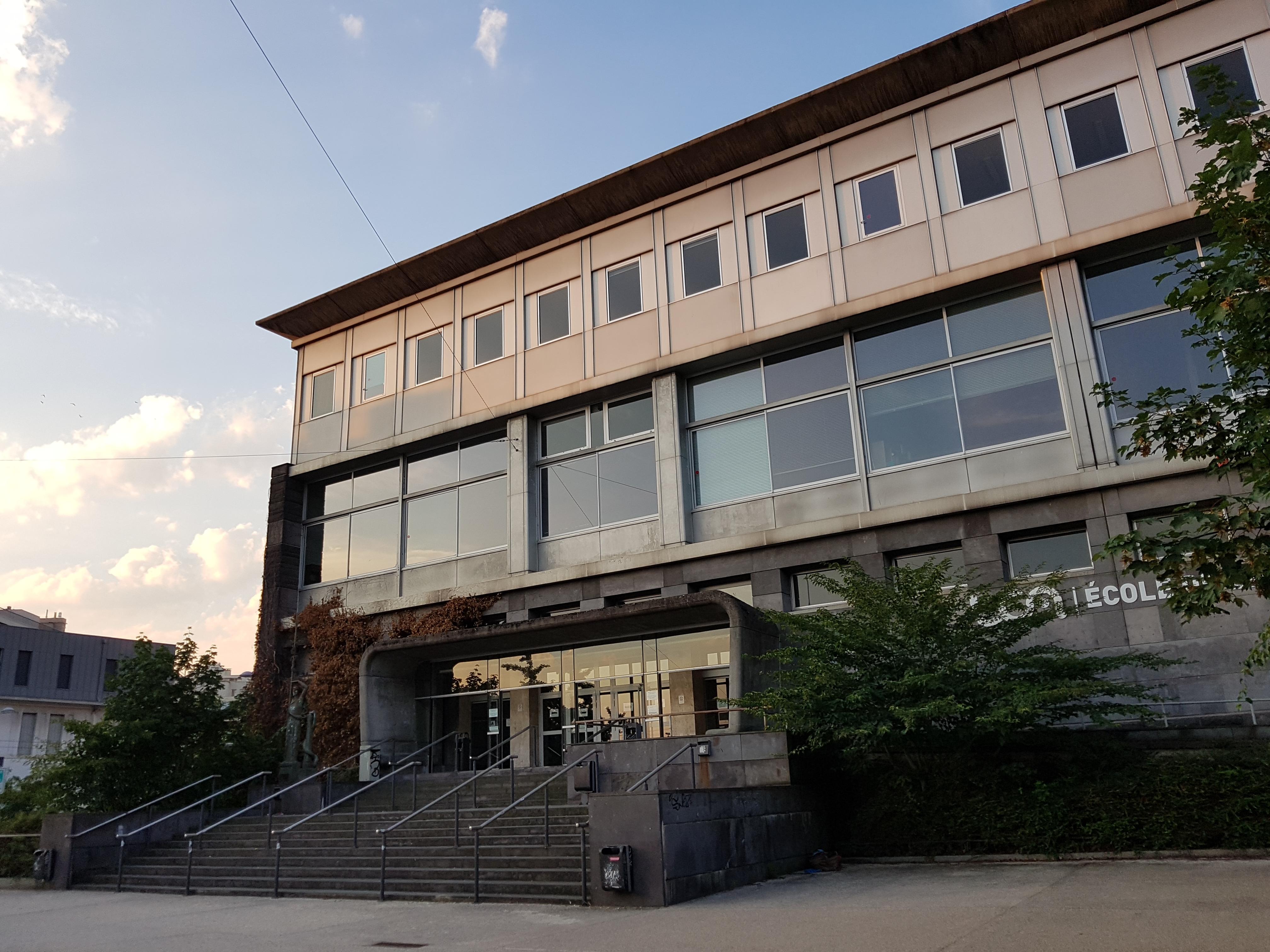 École D Architecture Clermont fichier:École de droit - clermont-ferrand — wikipédia