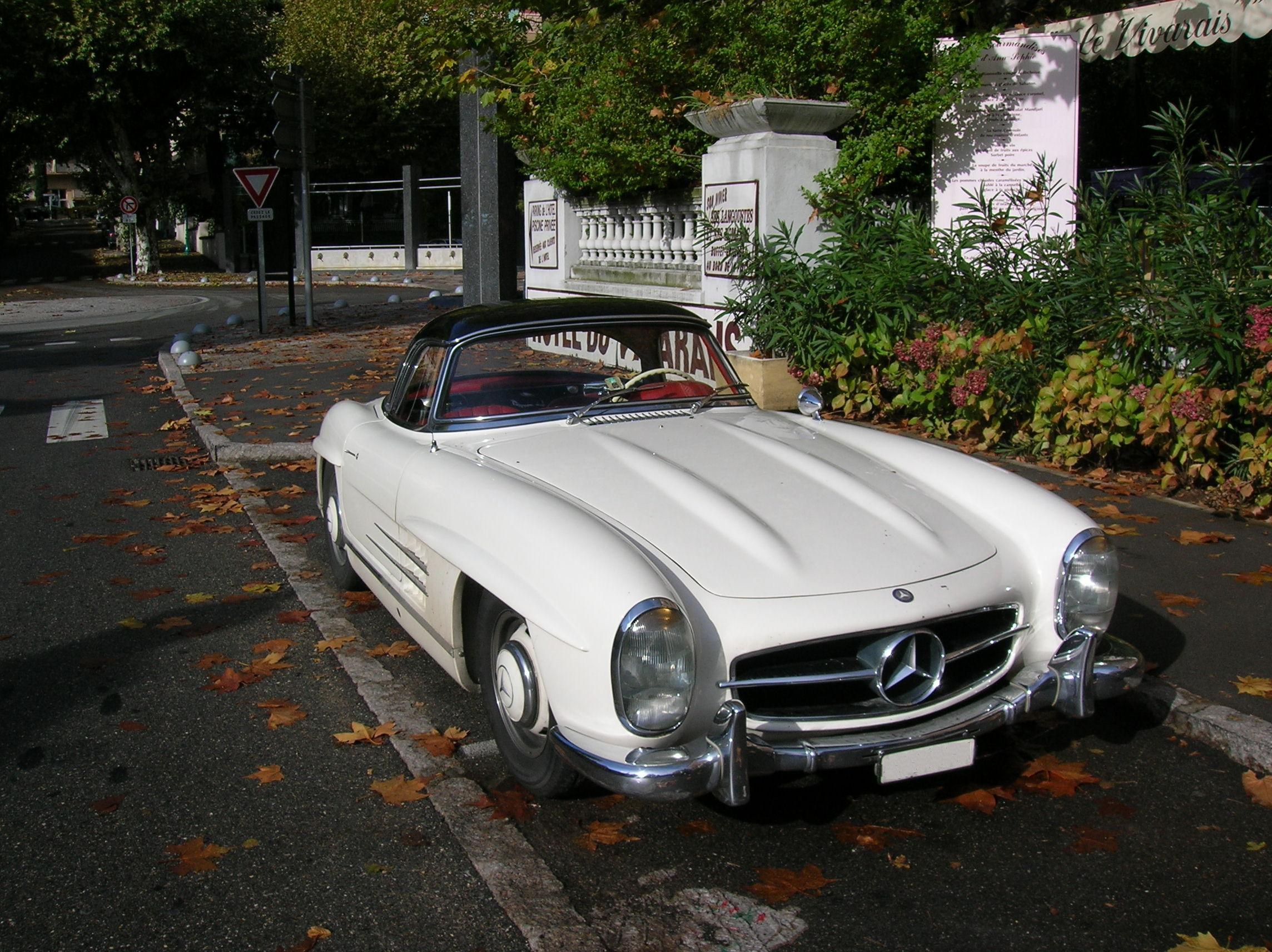 File 0511 Mercedes 500 SL coup C3 A9 1 moreover Wallpaper 62 also bhbenz besides Wallpaper 67 furthermore Mercedes Benz Sl 500 In The Body Of A Sl 65 Amg 12332. on mercedes benz sl 500
