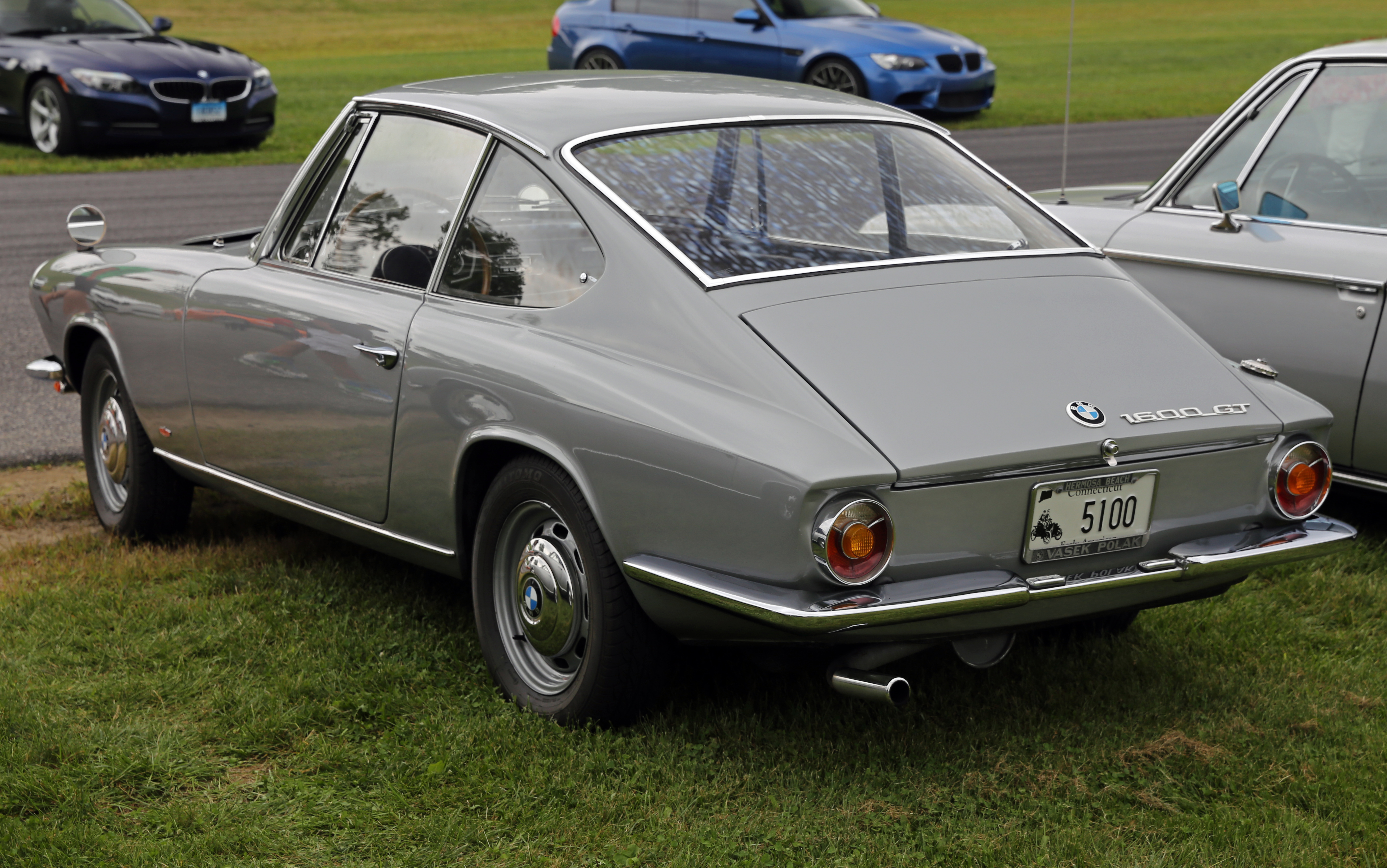 License Plate Camera >> File:1967 BMW 1600 GT Coupé, rear (Lime Rock).jpg ...