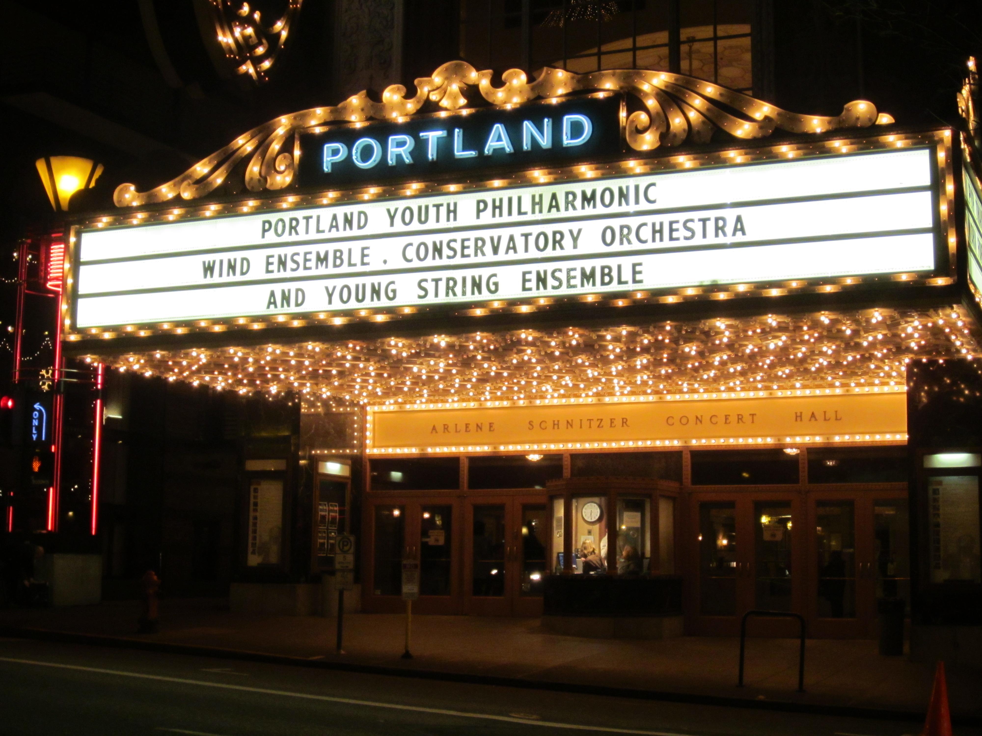 File PYP ConcertatChristmas Arlene Schnitzer Concert Hall - Arnold schnitzer concert hall