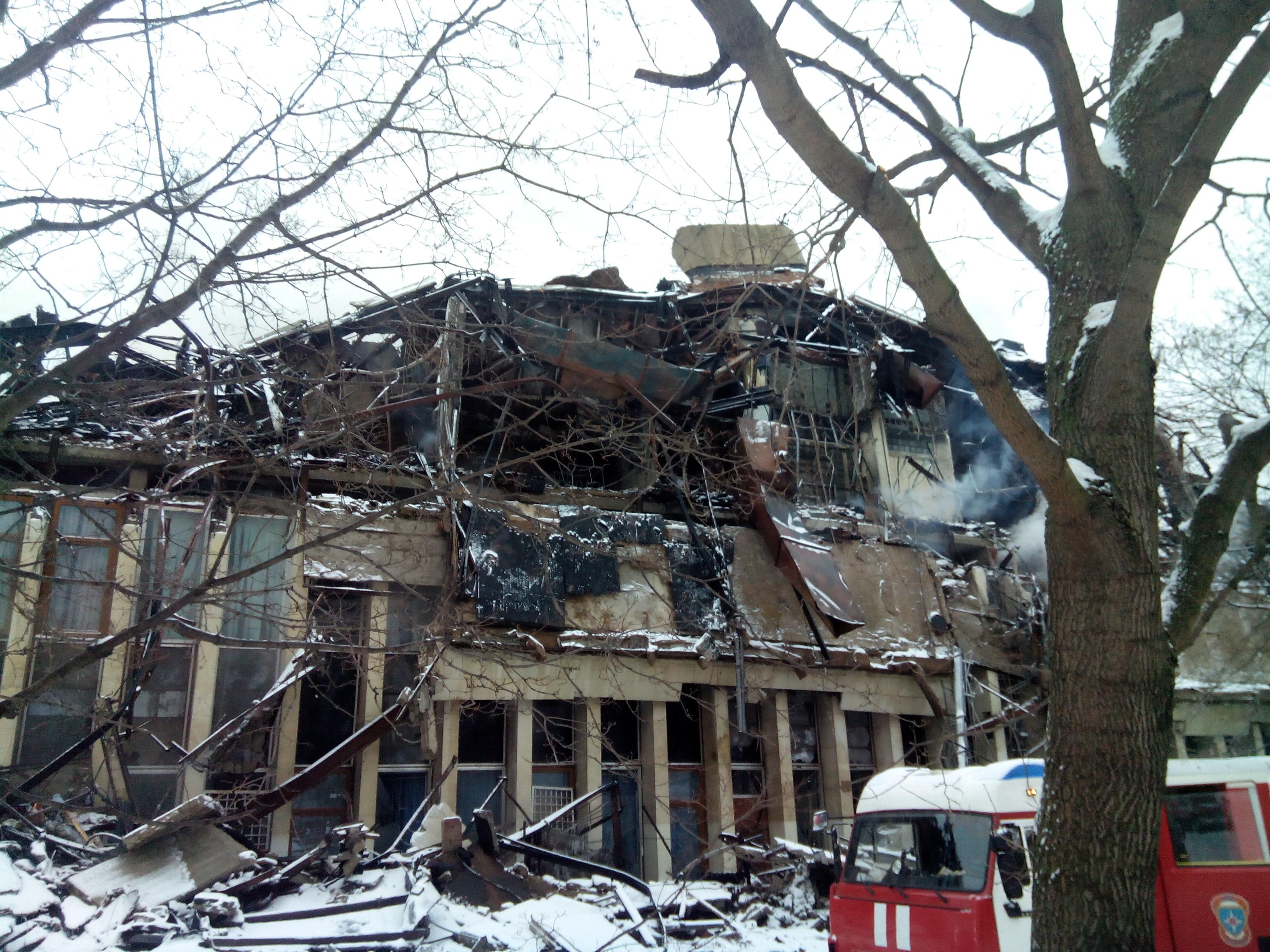 31 января 2015 г. Тушение пожара — ИНИОН РАН 2015-01-31 09.54.31.jpg