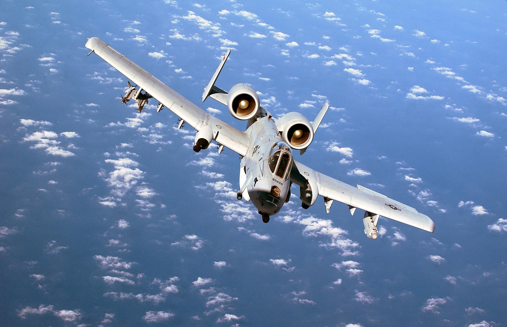 File:A-10 Thunderbolt II 1.jpg - Wikipedia