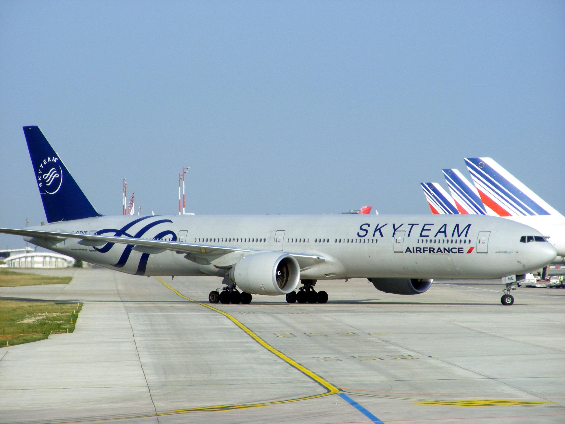 file air france boeing 777 328er f gzne skyteam livery. Black Bedroom Furniture Sets. Home Design Ideas