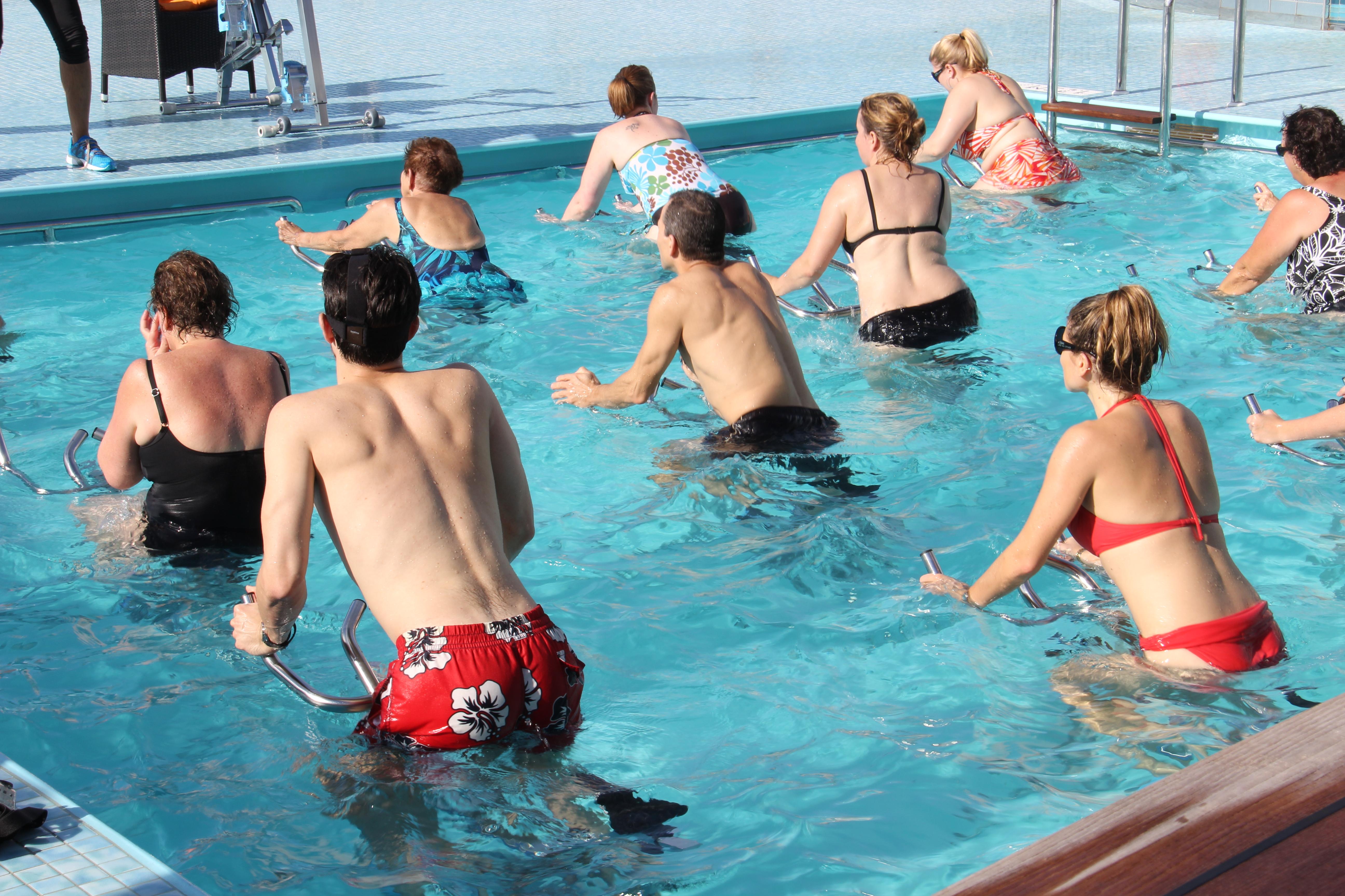 Aquaspinning en piscine privée