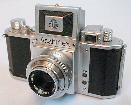 Asahiflex IIb, 1954 - The first Japanese SLR using 35mm film