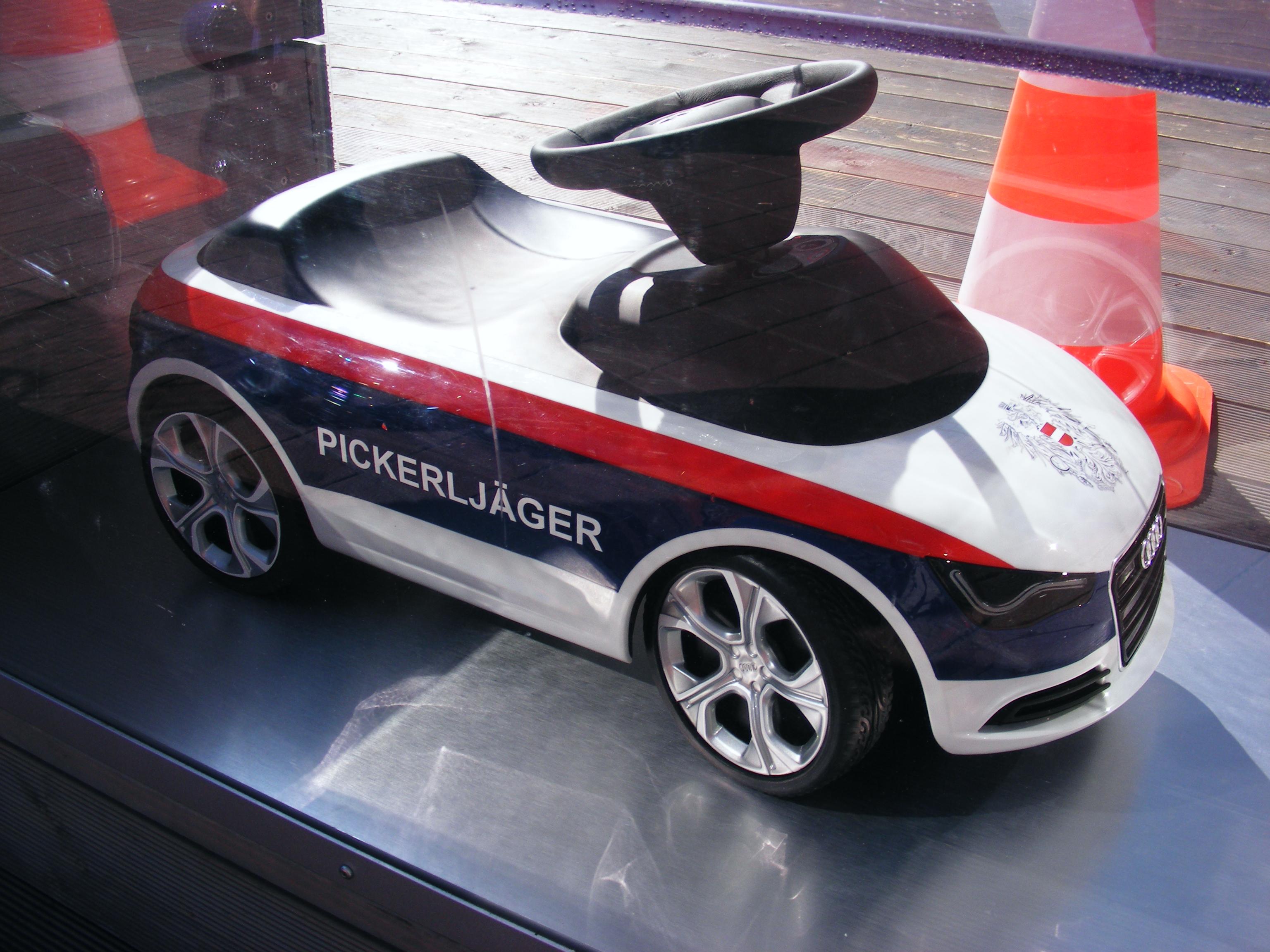 File Audi A1 Toy Car Pickerljager Jpg Wikimedia Commons