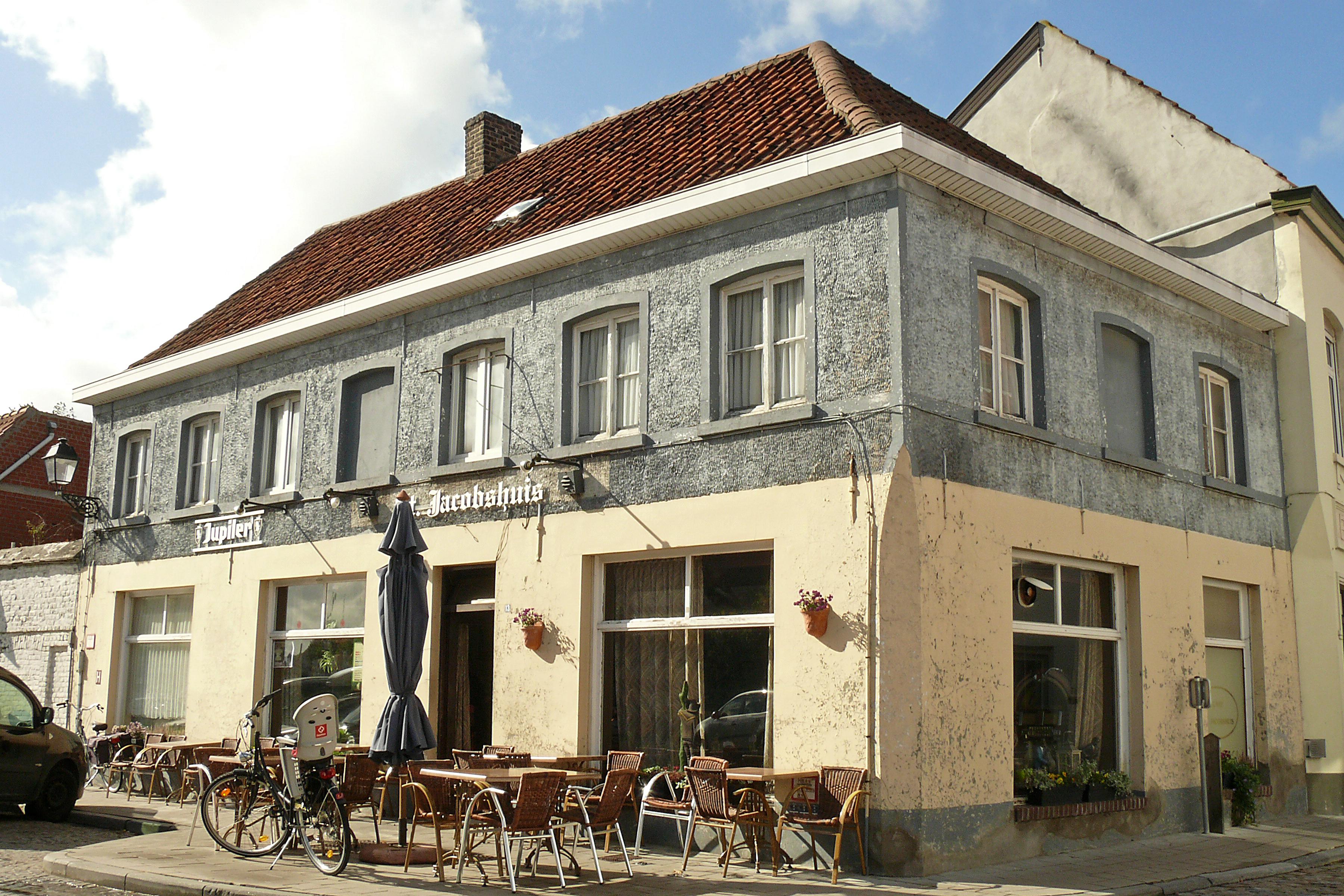 Caf De St Brieuc