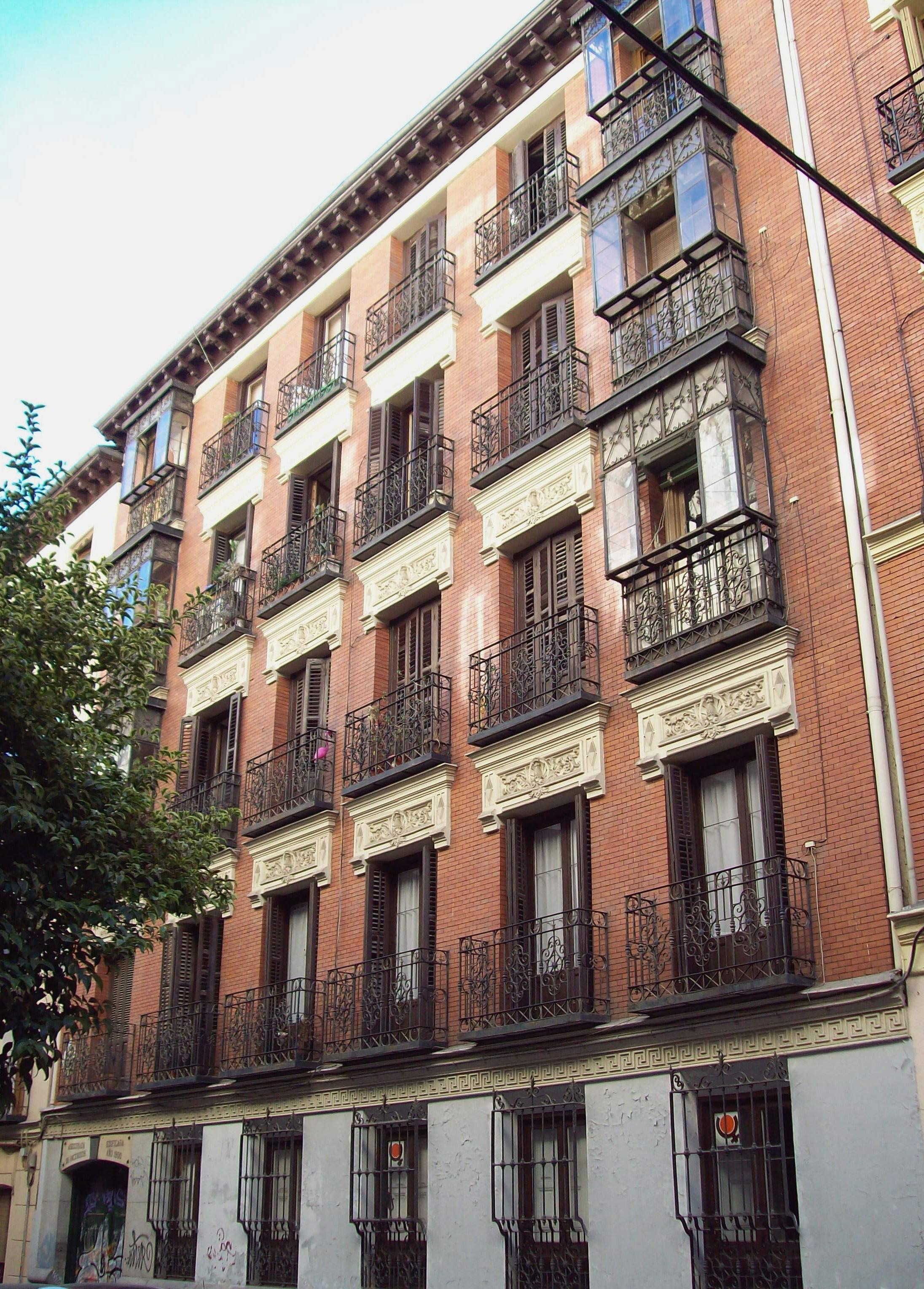 Edificio de la calle Churruca de Madrid en el que vivió Manuel Machado, desde 1919 hasta su muerte.
