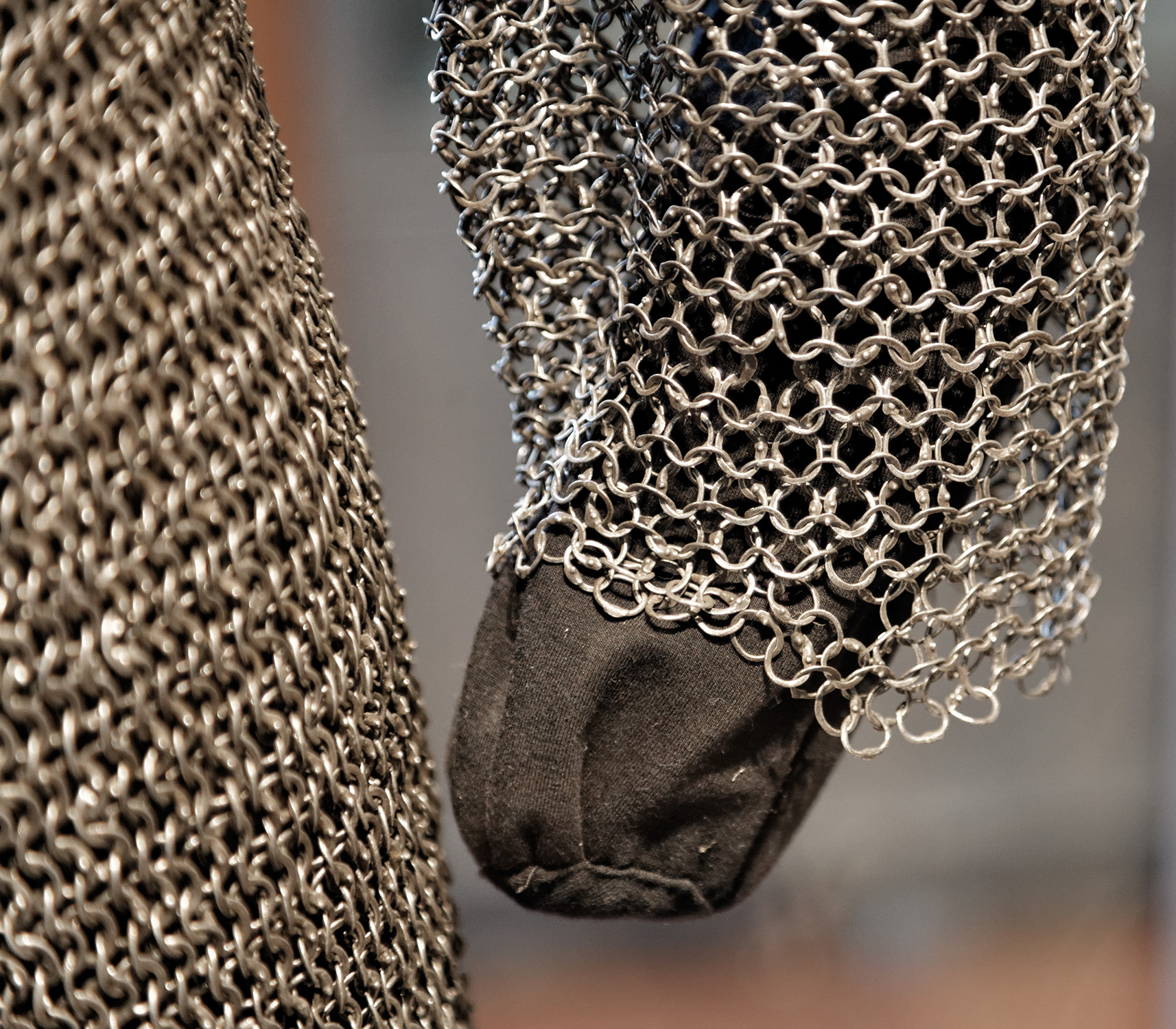 the history of chain mail Life is a journey live it well escape commitments and live in the moment enjoy fine food, travel and refine your sense of culture.