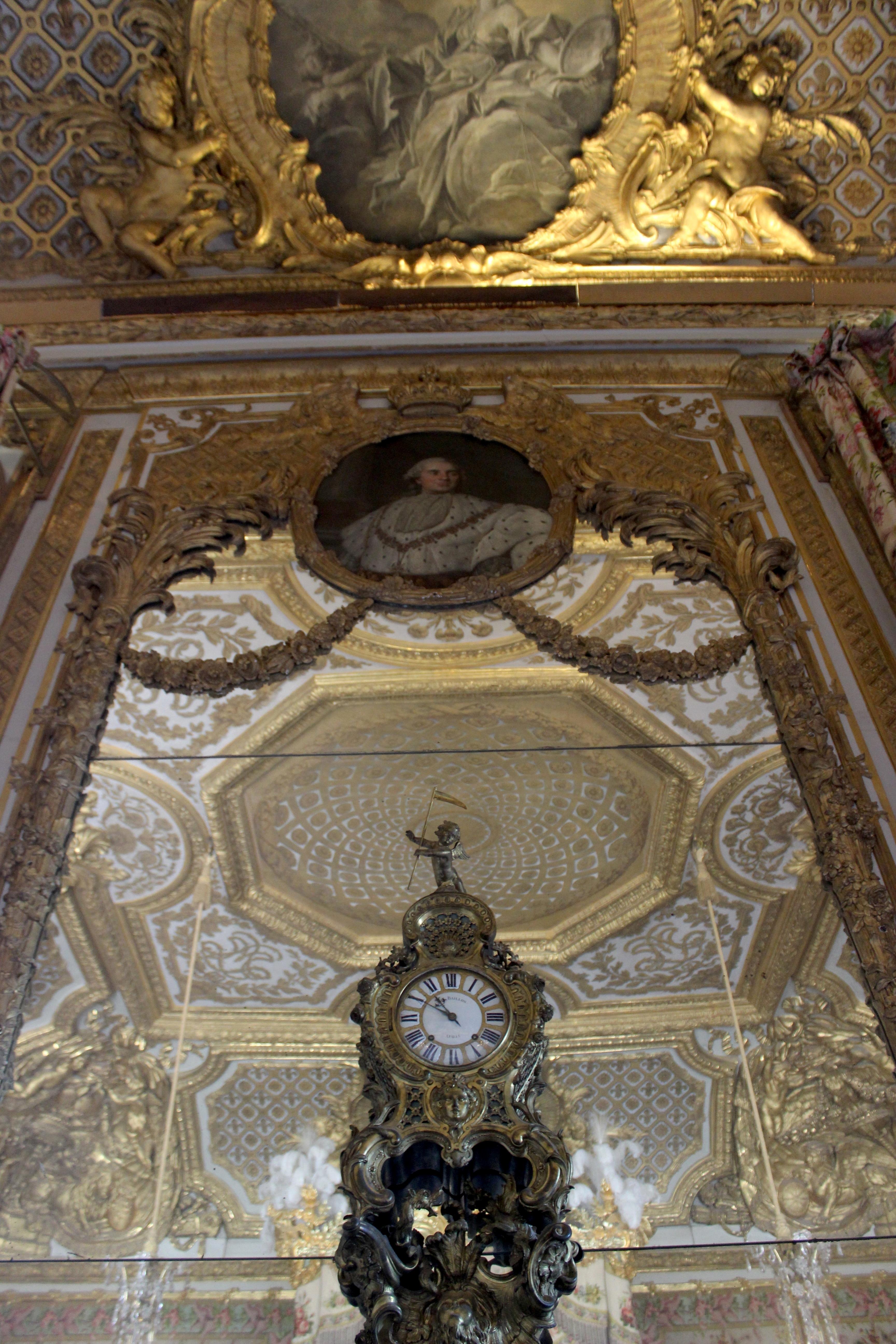 File chambre de la reine versailles 09 jpg wikimedia for Chambre de la reine