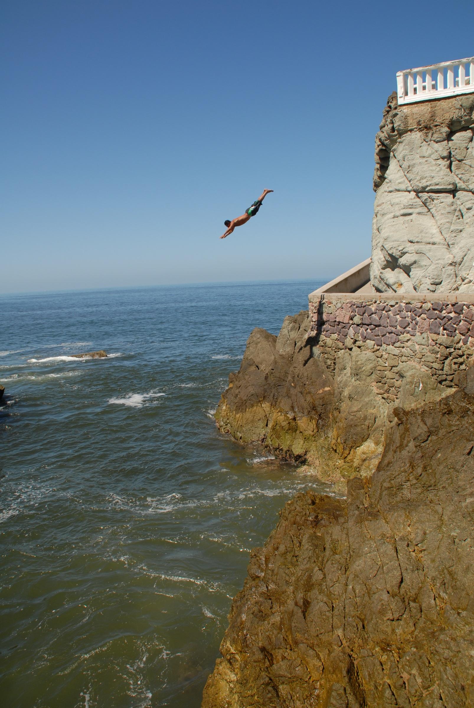 File:Cliff Diver.jpg