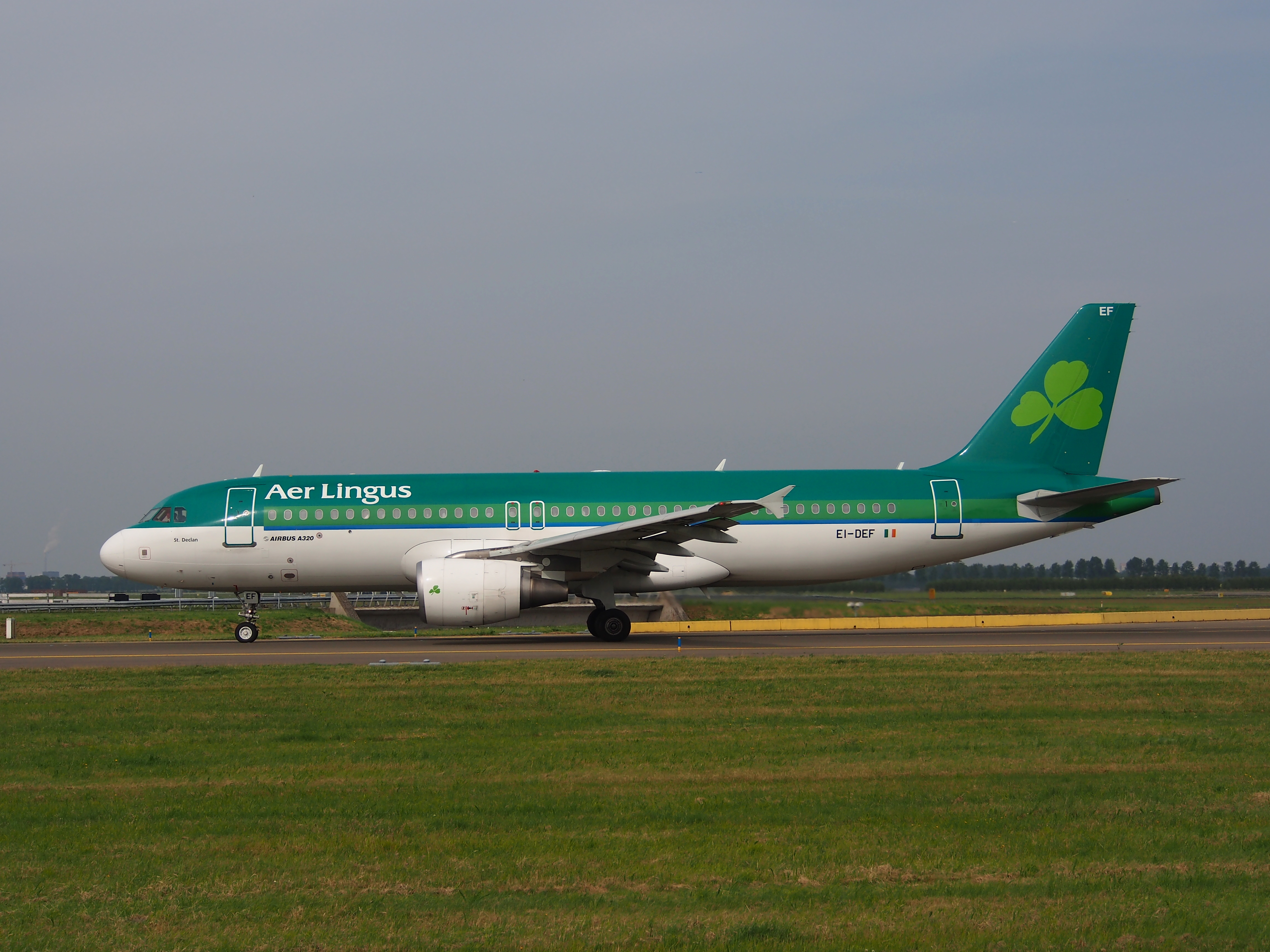 aer lingus history 2015-1-26 1936 state-owned aer lingus takes delivery of its first aircraft, registered ei-abi, on may 26, 1936 and named it iolar (eagle) this was aer lingus's only aircraft for two years 1946 paris added to the network, becoming the first continental european city to be served by aer lingus.