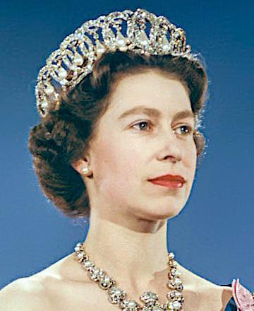 File:Elizabeth II 1959.jpg