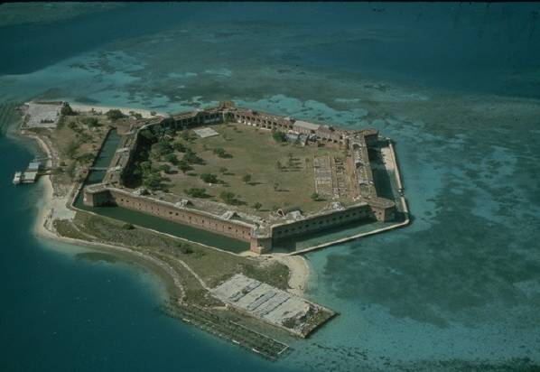 File:Fort Jefferson.jpg