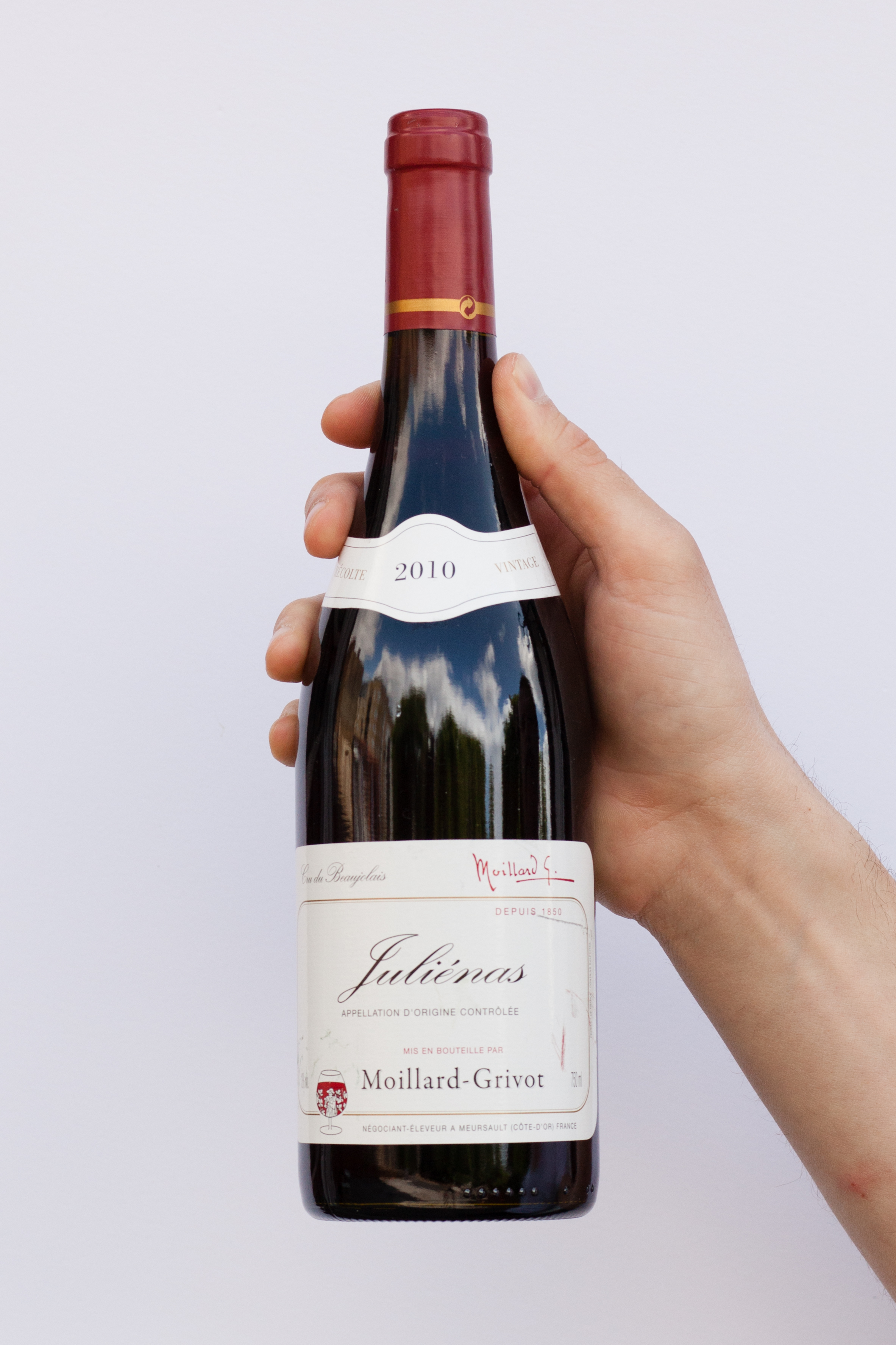 french wines An expert breaks down the seven top french wine regions: bordeaux, burgundy,  champagne, the loire valley, alsace, languedoc-roussillon.