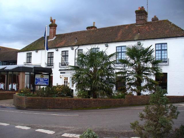 Frensham Pond Hotel - geograph.org.uk - 353293