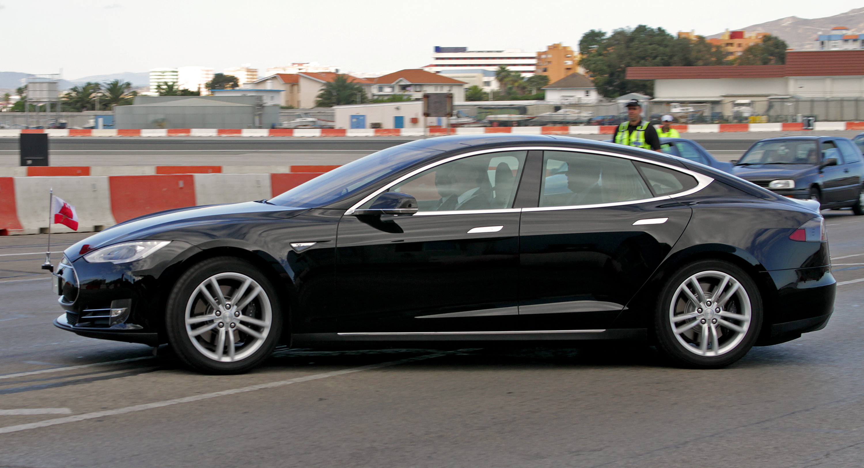 File Gibraltar G1 Tesla Motors Model S Jpg Wikimedia Commons