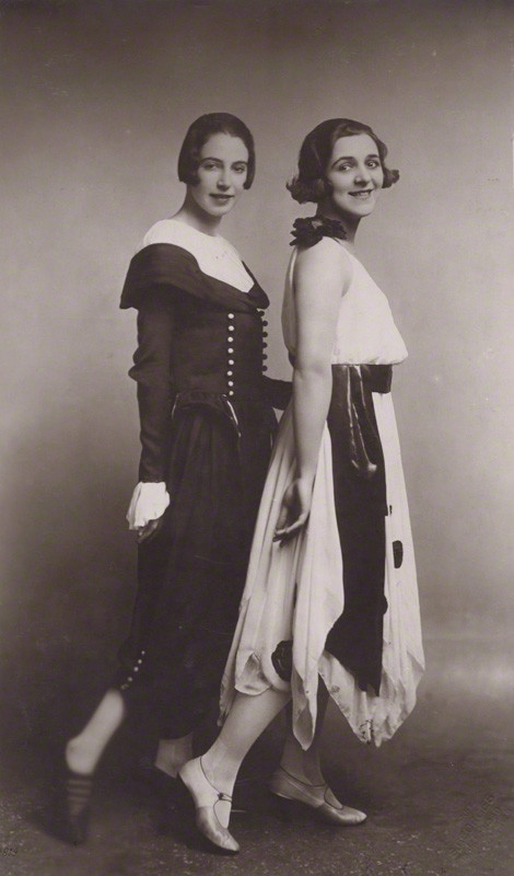 File:Gwen Farrar and Norah Blaney, 1920s.jpg - Wikipedia