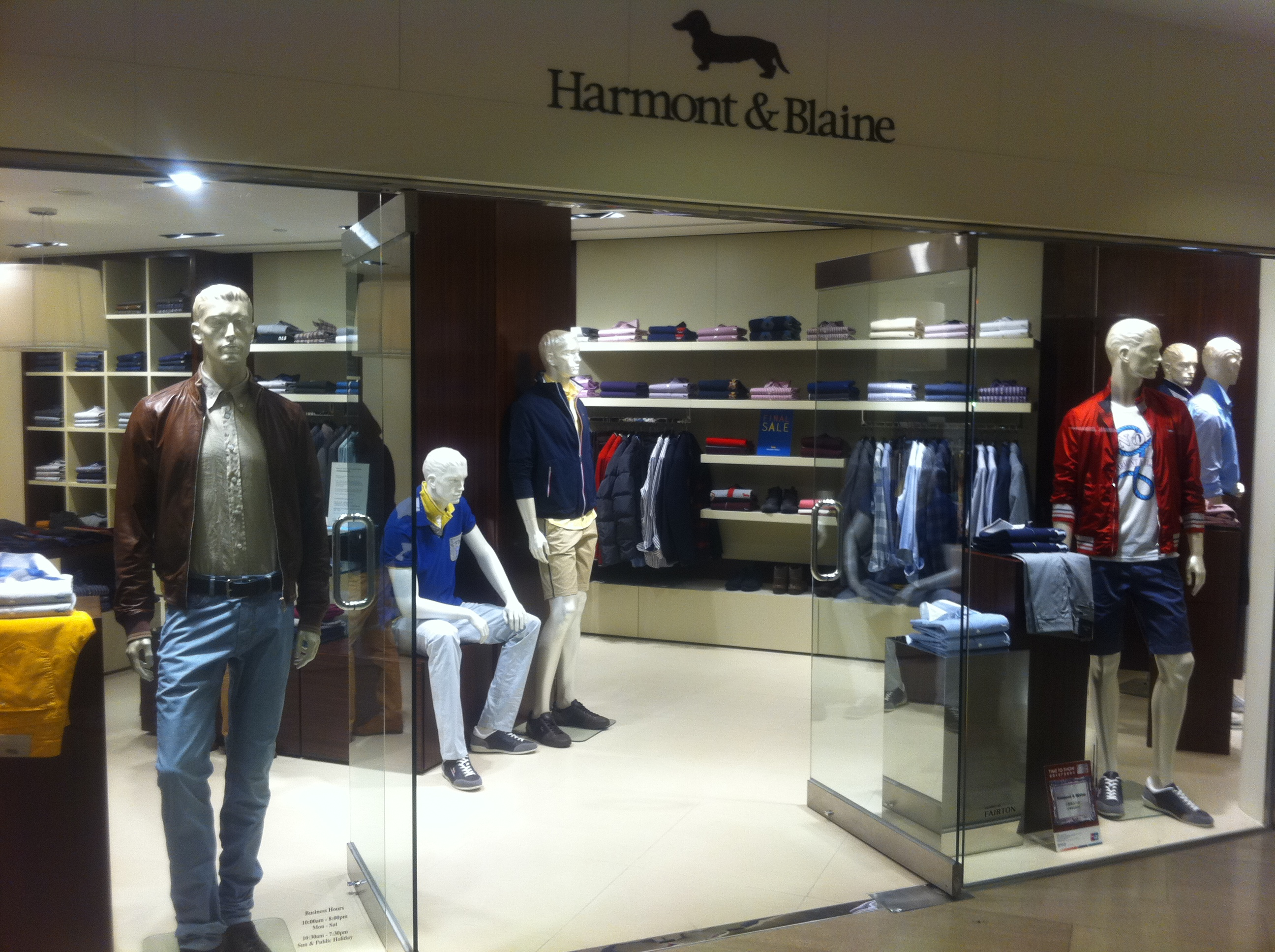 Harmont & Blaine Fashion Best Sellers from 1 Stores | StylightBrands: Nike, Clarks, Barbour, Anne Klein, Michael Kors.