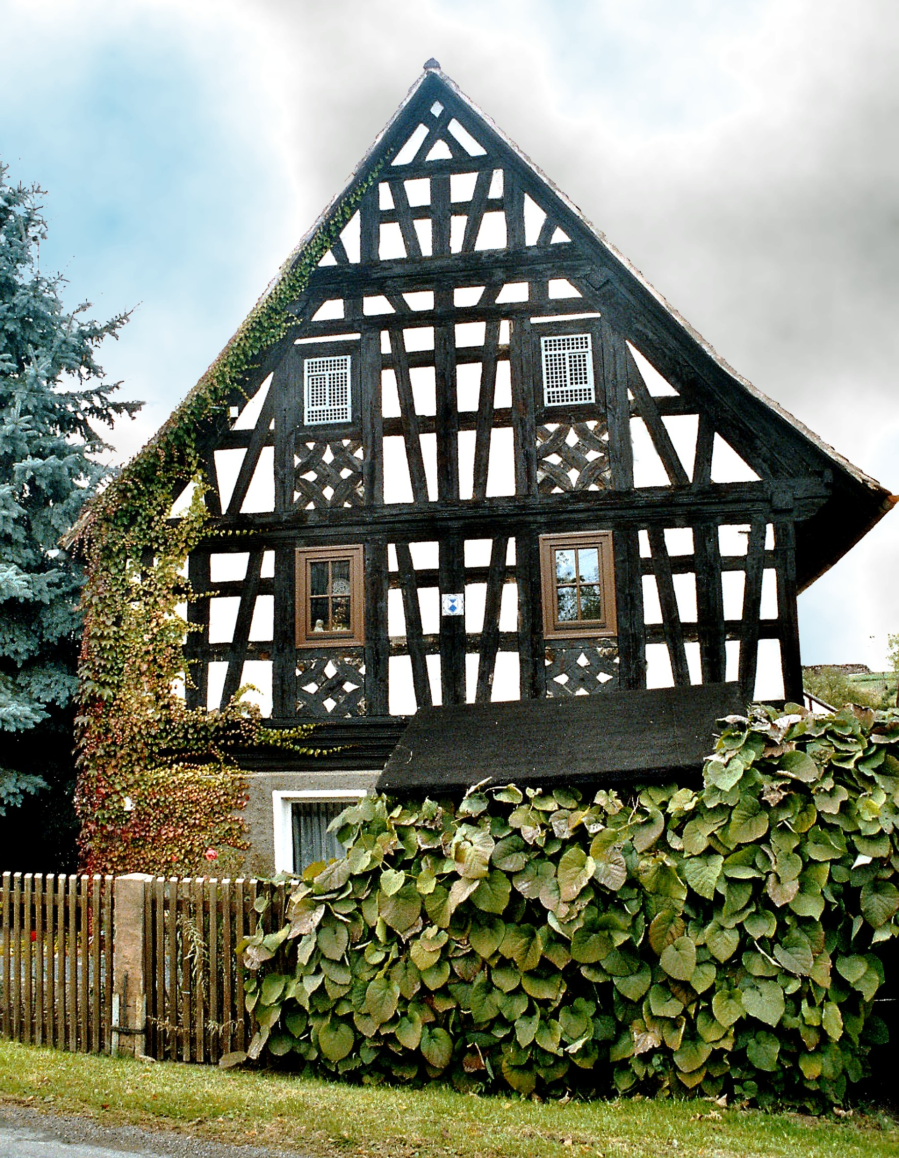 datei heukewalde half timbered wikipedia. Black Bedroom Furniture Sets. Home Design Ideas