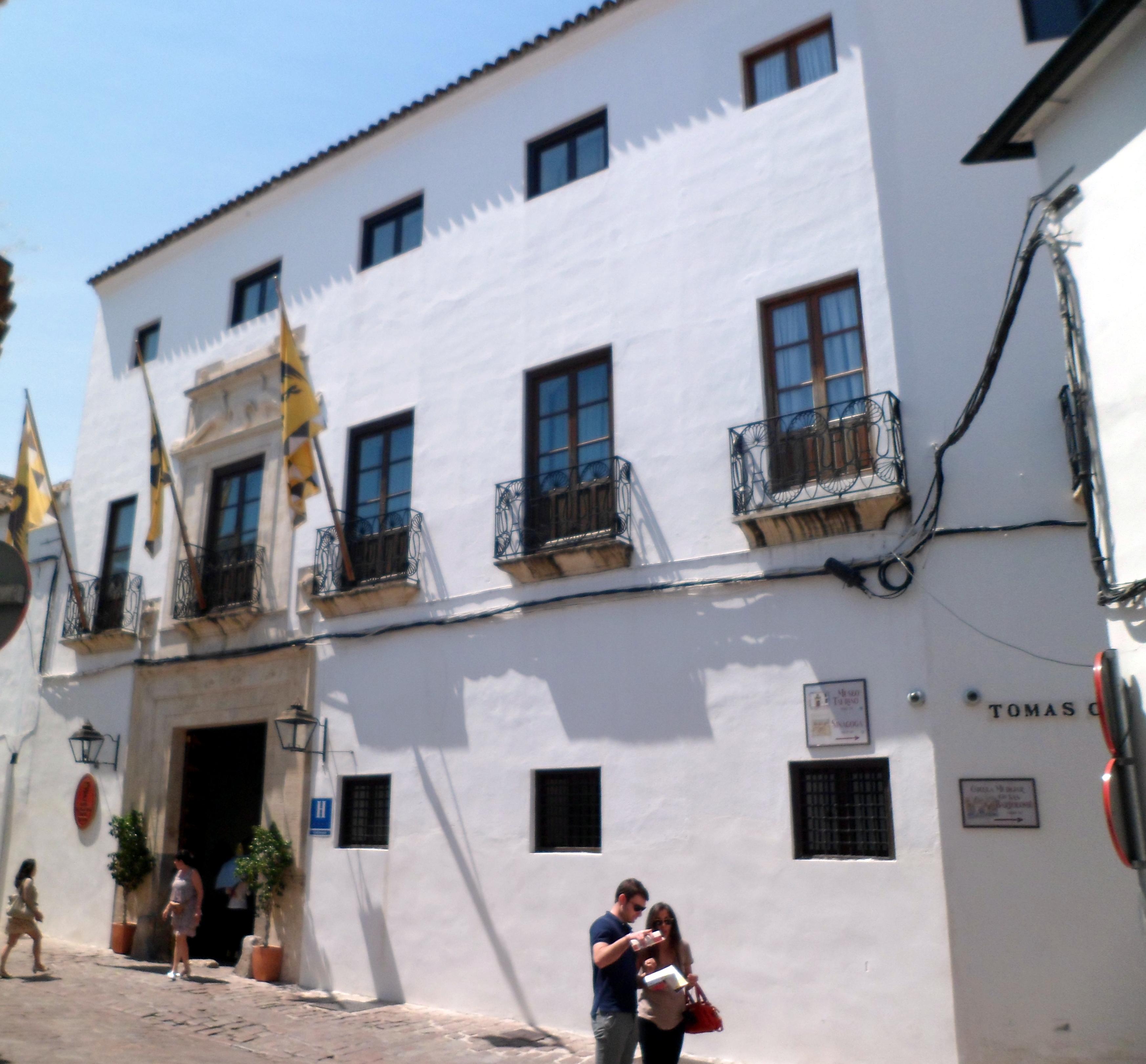 File hotel las casas de la juder a c rdoba espa a jpg for Hotel casa de los azulejos cordoba espana