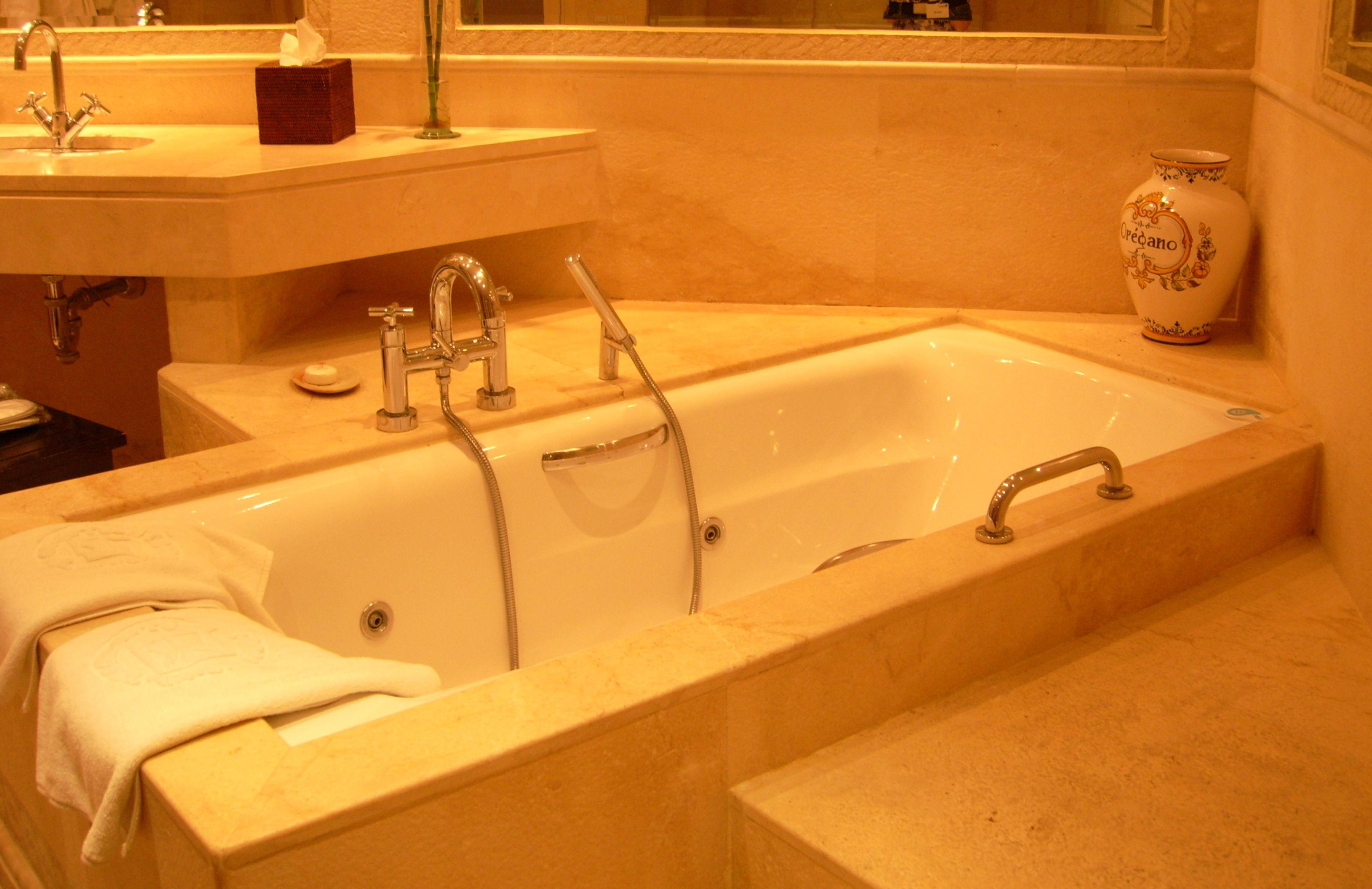 Hot Tub In Hotel Room Albuquerque