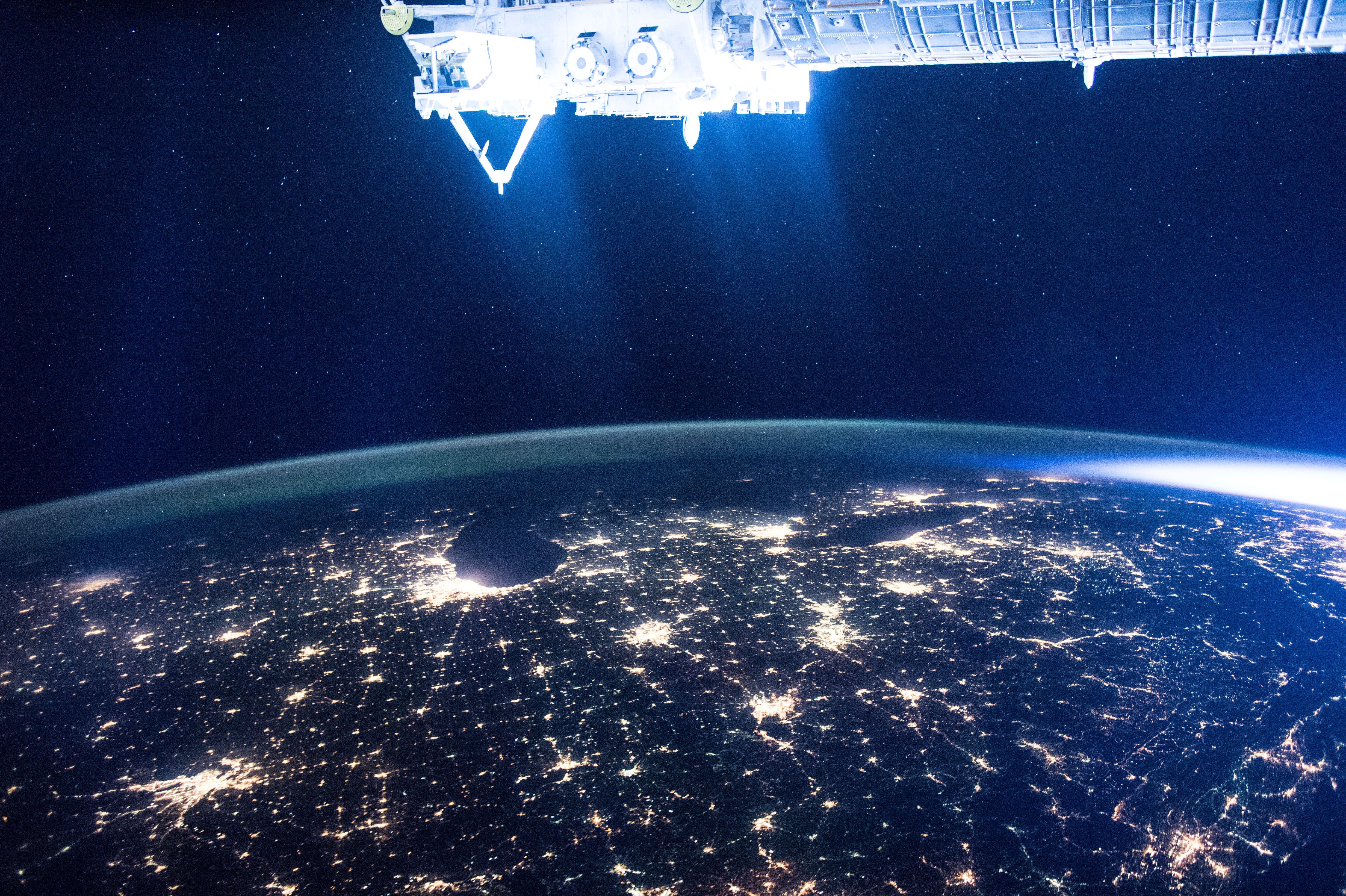 Footage of 911 from SPACE filmed by astronaut whose