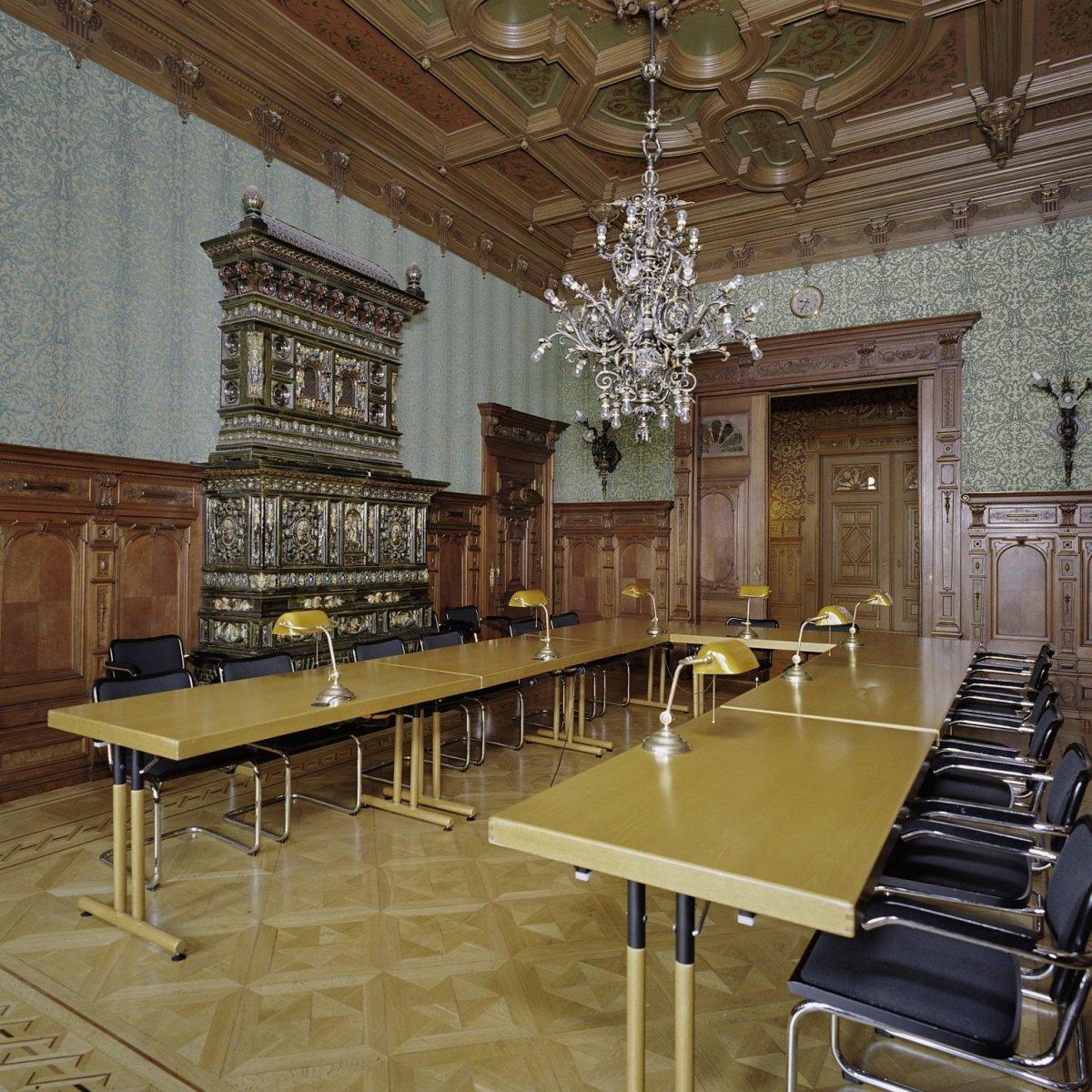 File interieur studiezaal gebouwd tussen huis en for Huis en interieur
