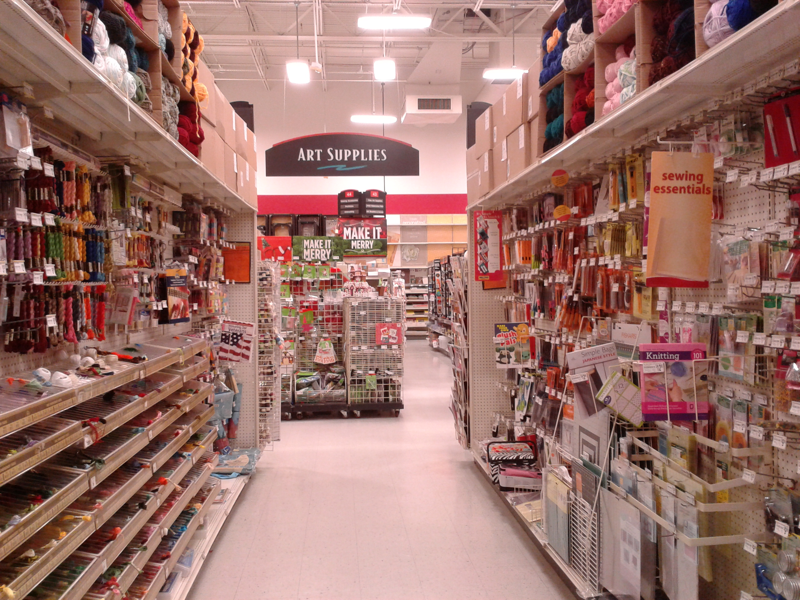 20 thoughts sorority girls have in craft stores