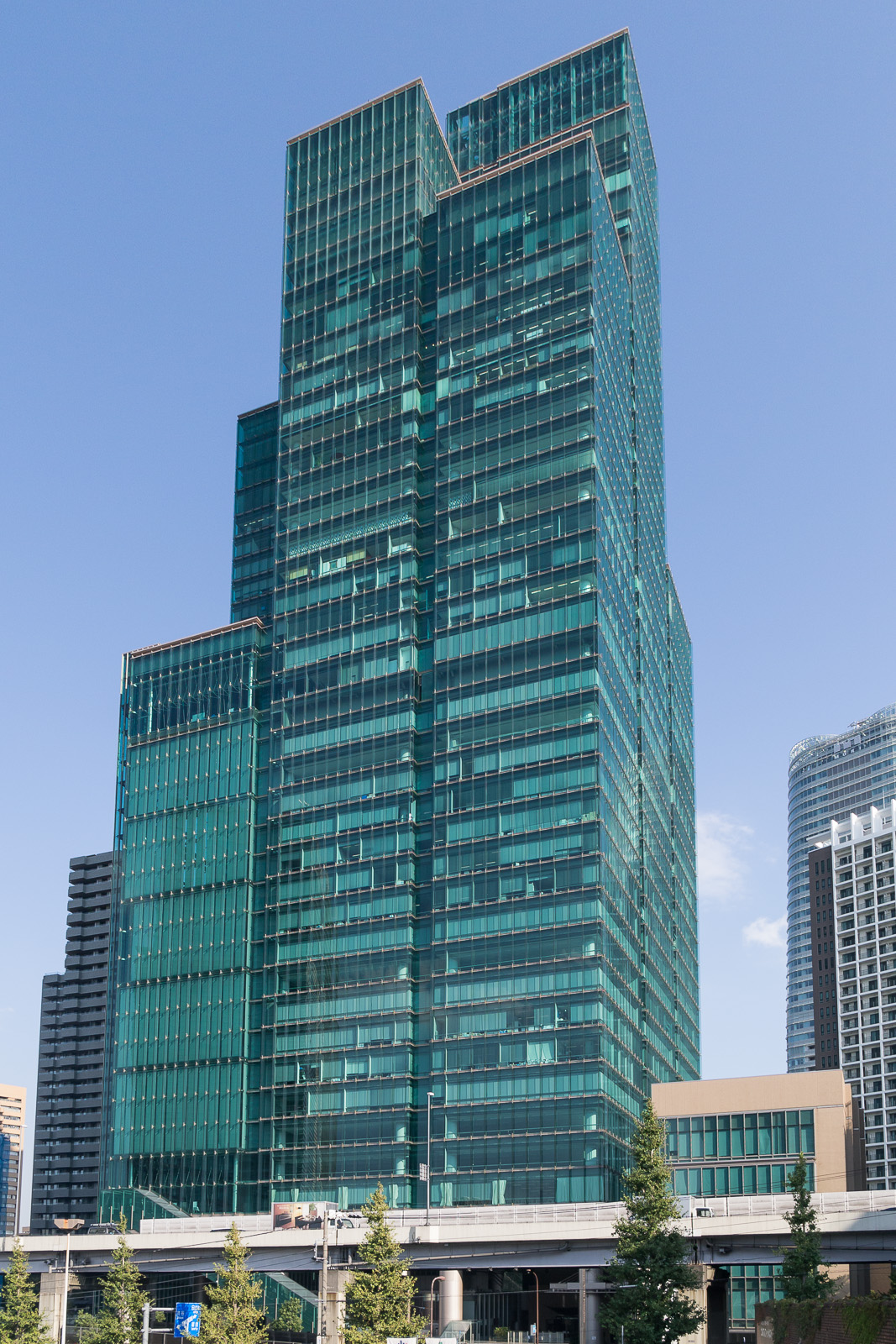 Izumi Garden Tower Wikipedia
