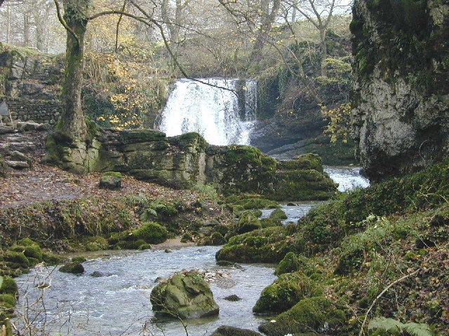 Janet's Foss - geograph.org.uk - 8419