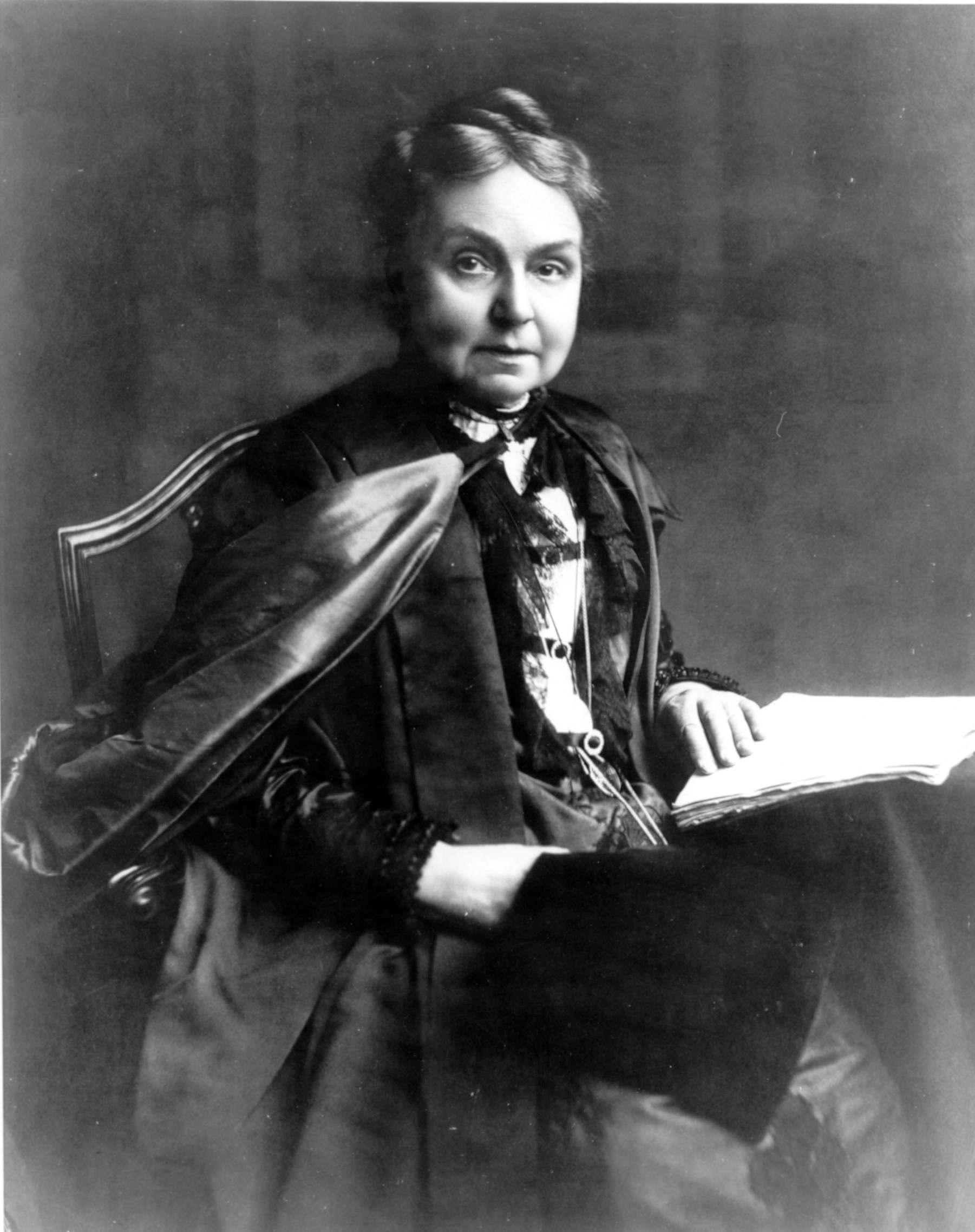 https://upload.wikimedia.org/wikipedia/commons/c/cc/Janet_Anne_Galloway.jpg