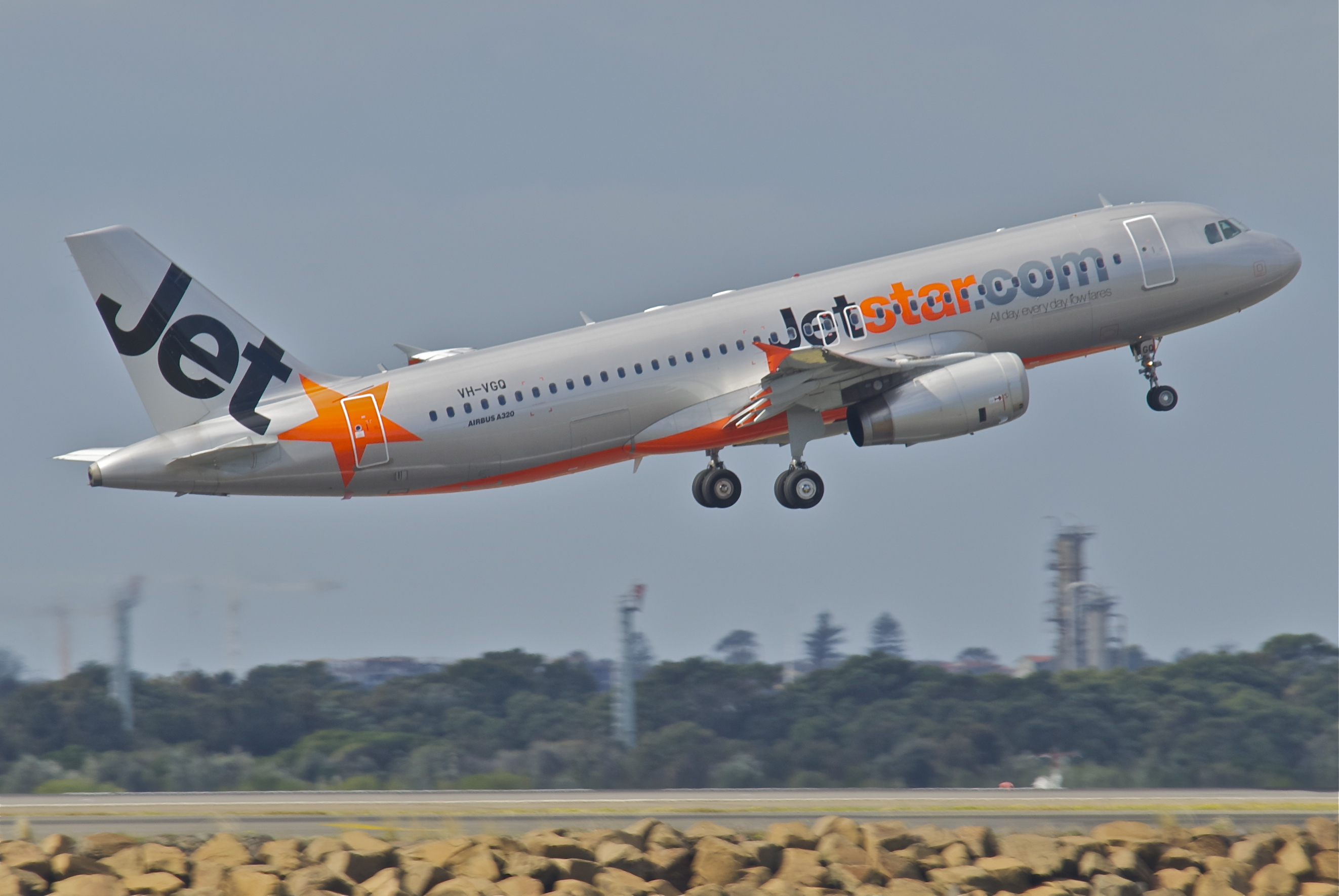File Jetstar Airbus A320 232 Vh Vgq Syd 30 07 2012 665aw