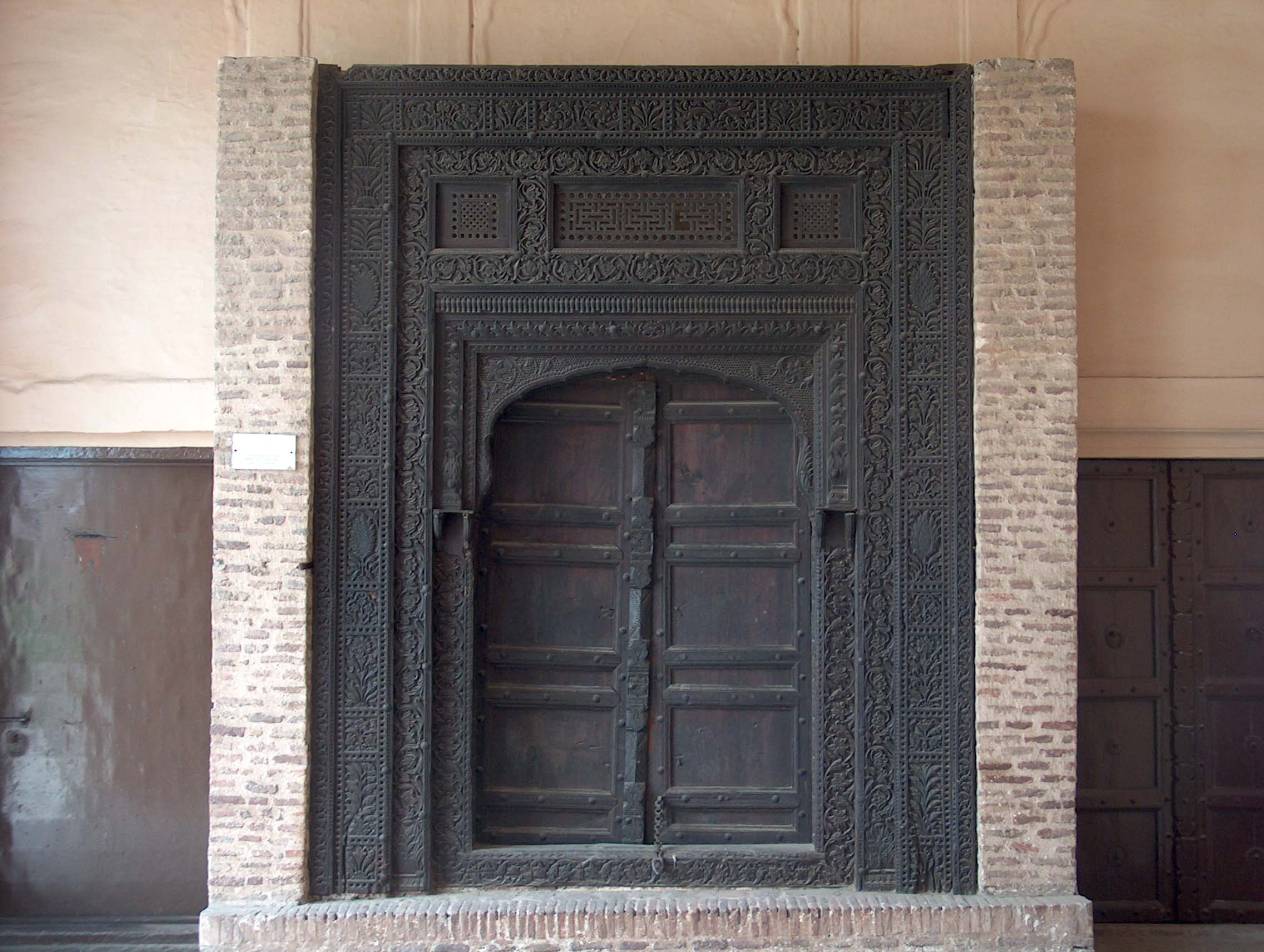 Pictures of Wooden Doors Wikipedia & Wooden Doors: Wooden Doors Wikipedia